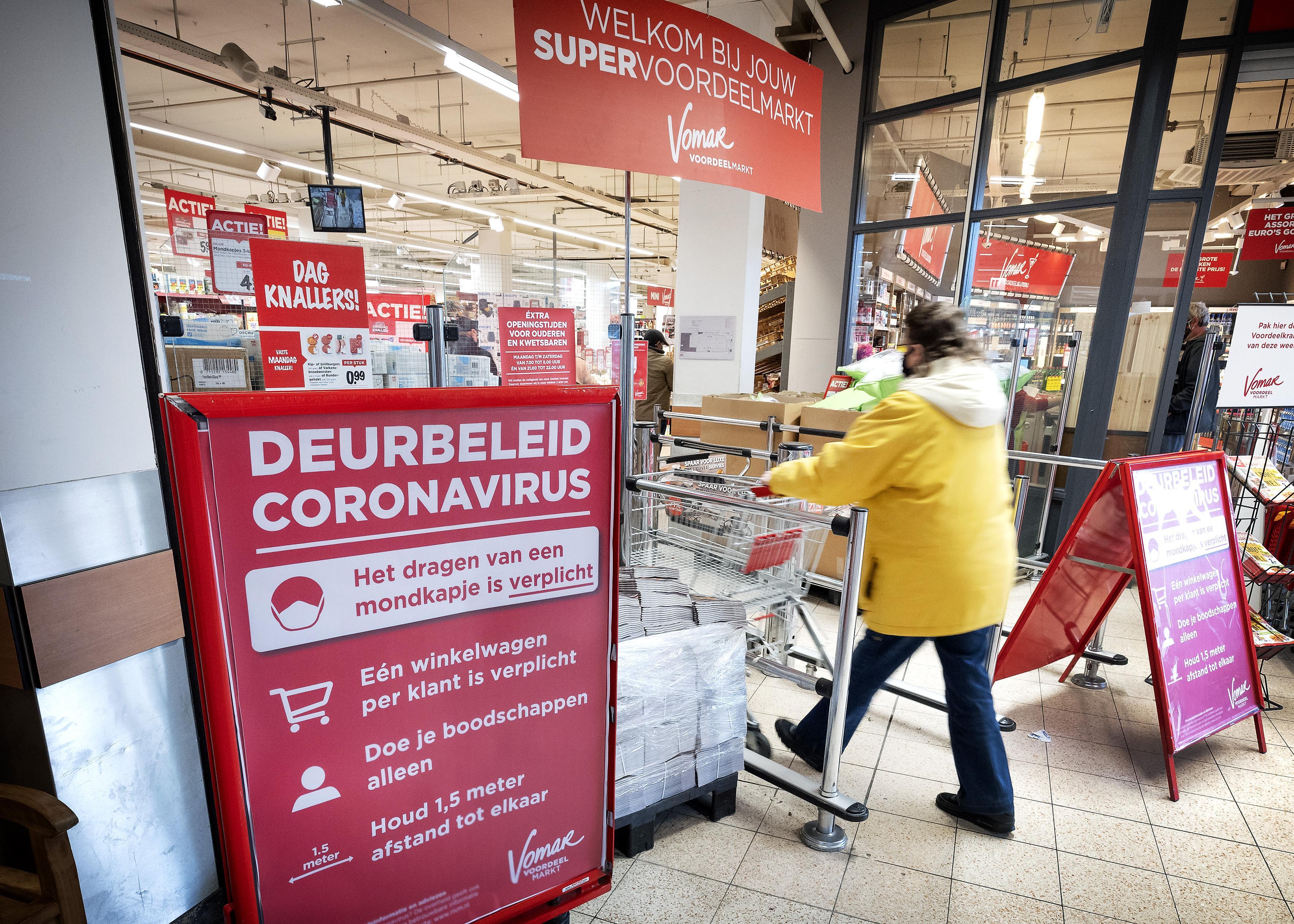 Hoe gaan Haarlemse supermarkten om met mondkapjesplicht? Ongehoorzame klant merkt niks
