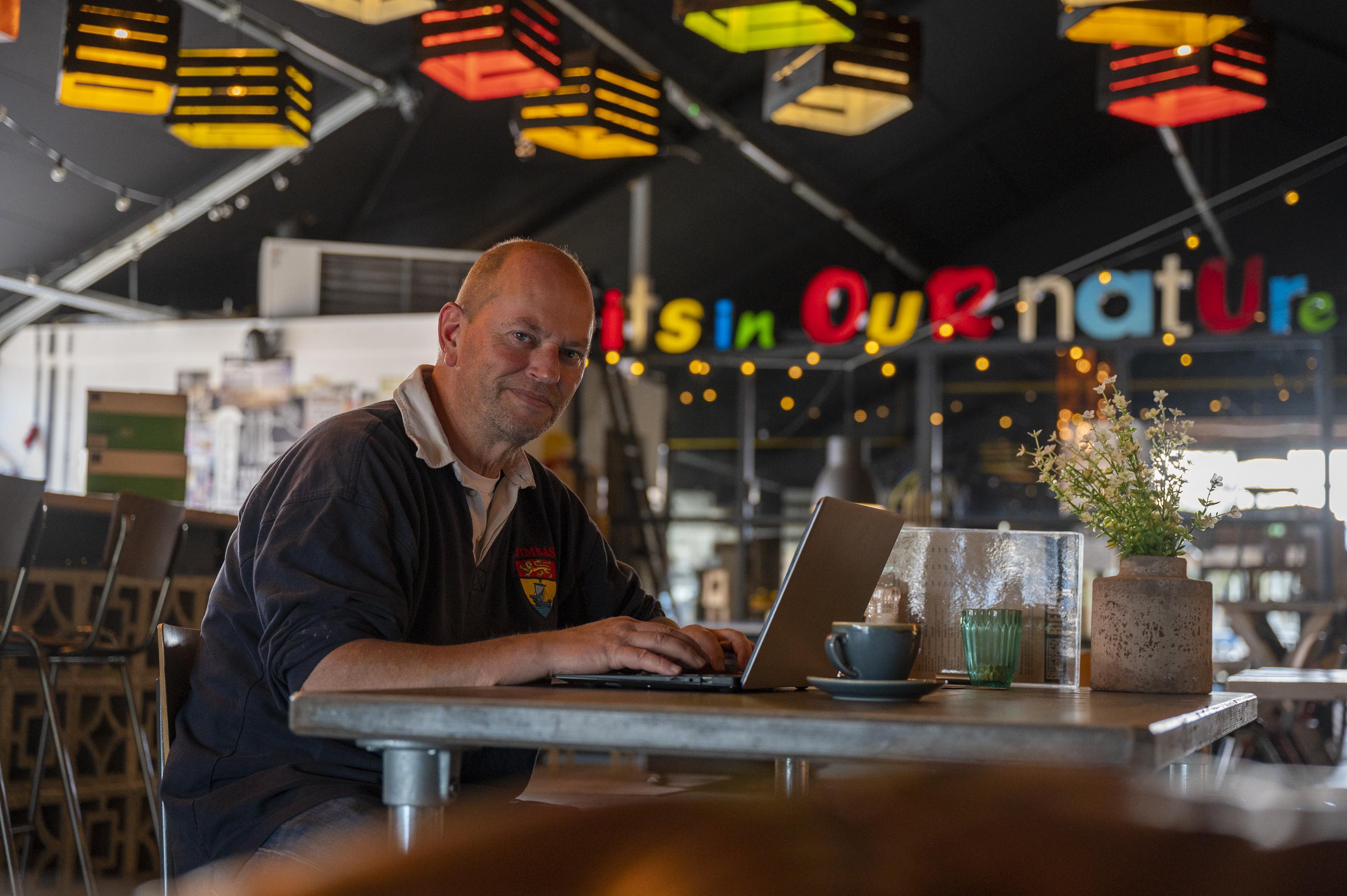 Thuiswerken kan ook in de kroeg of volkstuin: deze ondernemers weten wel raad met nieuwe coronamaatregelen