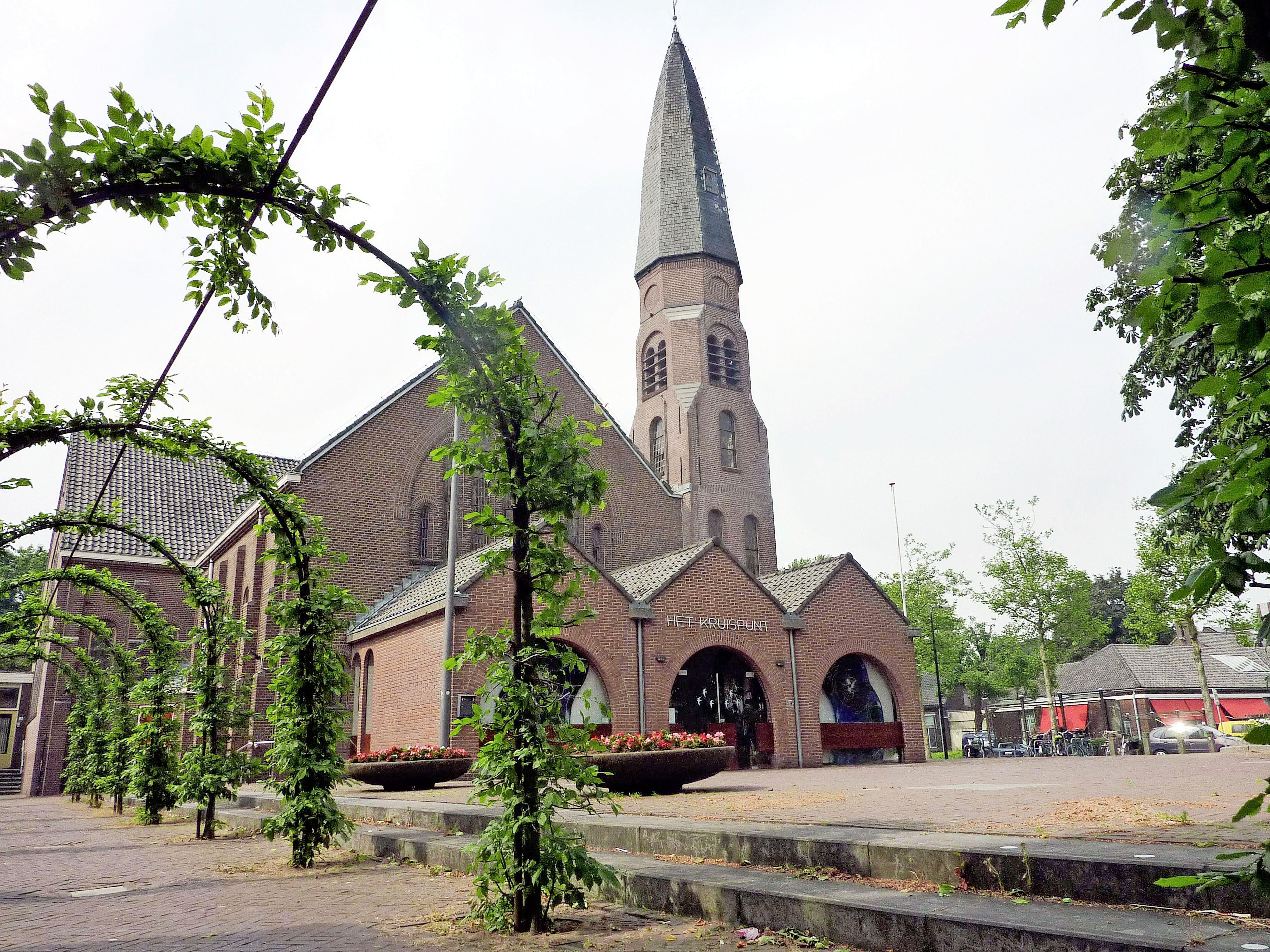 Onderzoek naar sloop monumentale Kruispuntkerk: 'Met een nieuw cultuurgebouw op die plek krijgt Voorschoten meer voor minder geld'