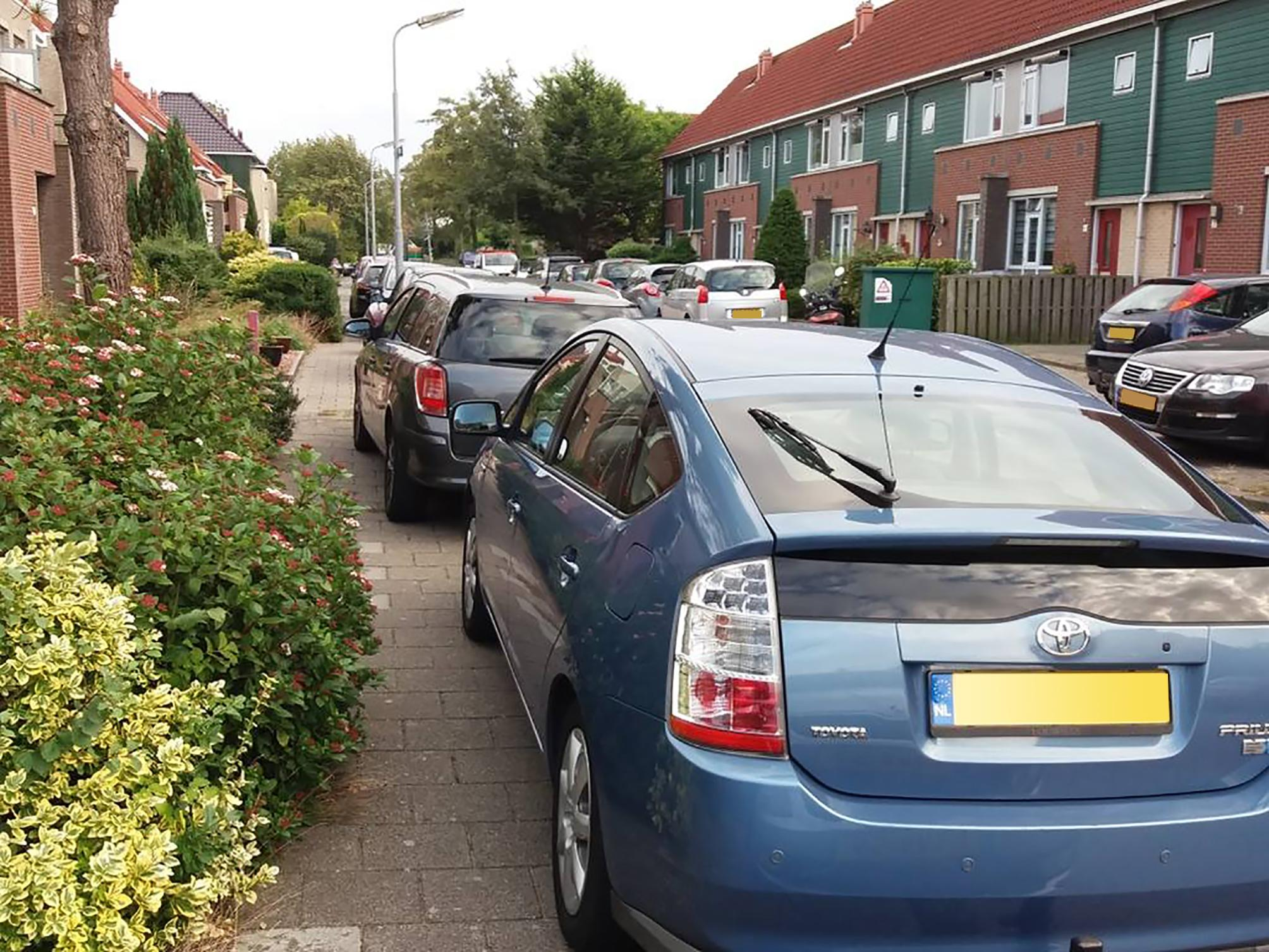 Parkeerperikelen rond Deutzhof in Assendelft
