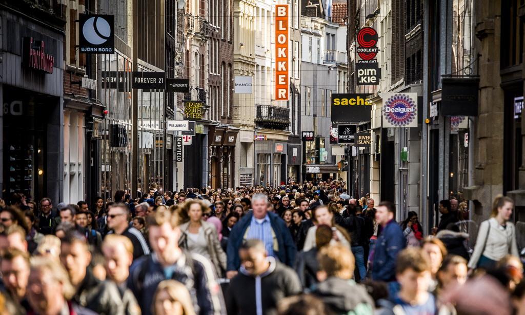 Bevolking Nederland groeit weer sneller. Kleine gemeenten rondom de grote steden populair