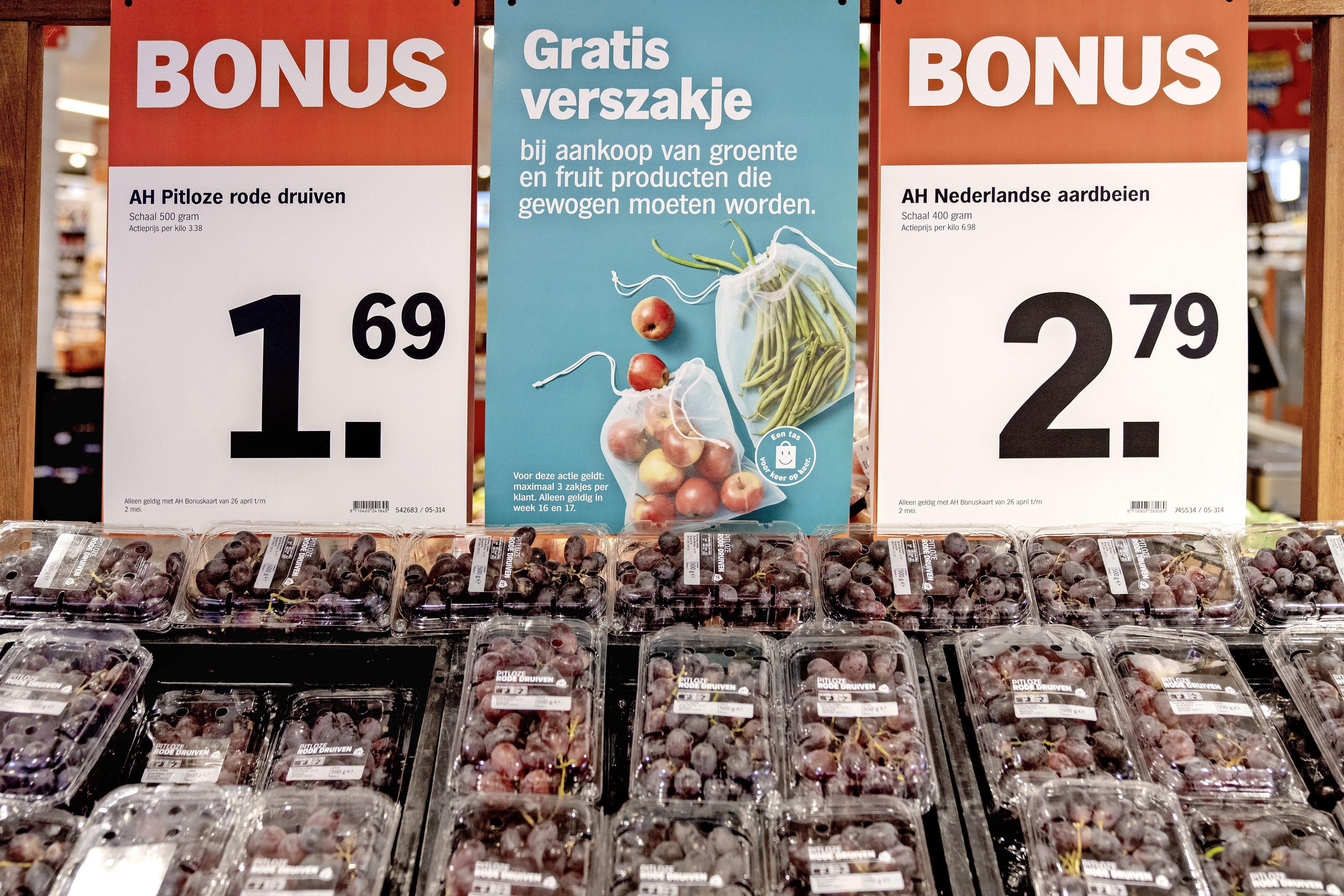 'De supermarkt is een groothandel is geworden. Lekker dan voor alle eenpersoonshuishoudens'   column