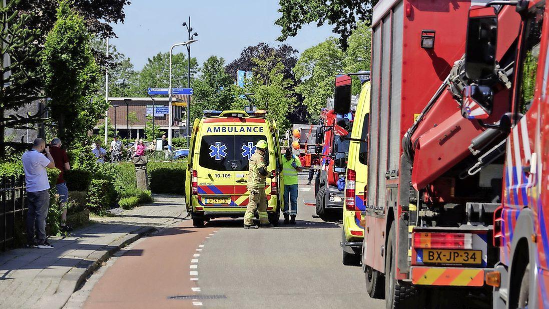 Man gewond door ingestorte sloopmuur achter woonhuis in Hoogkarspel