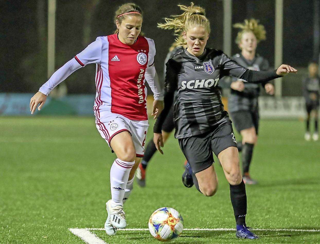Alkmaars voetbaltalent Milicia Keijzer kiest voor Ajax: 'In mijn ogen de beste omgeving om mijn carrière verder te ontwikkelen'