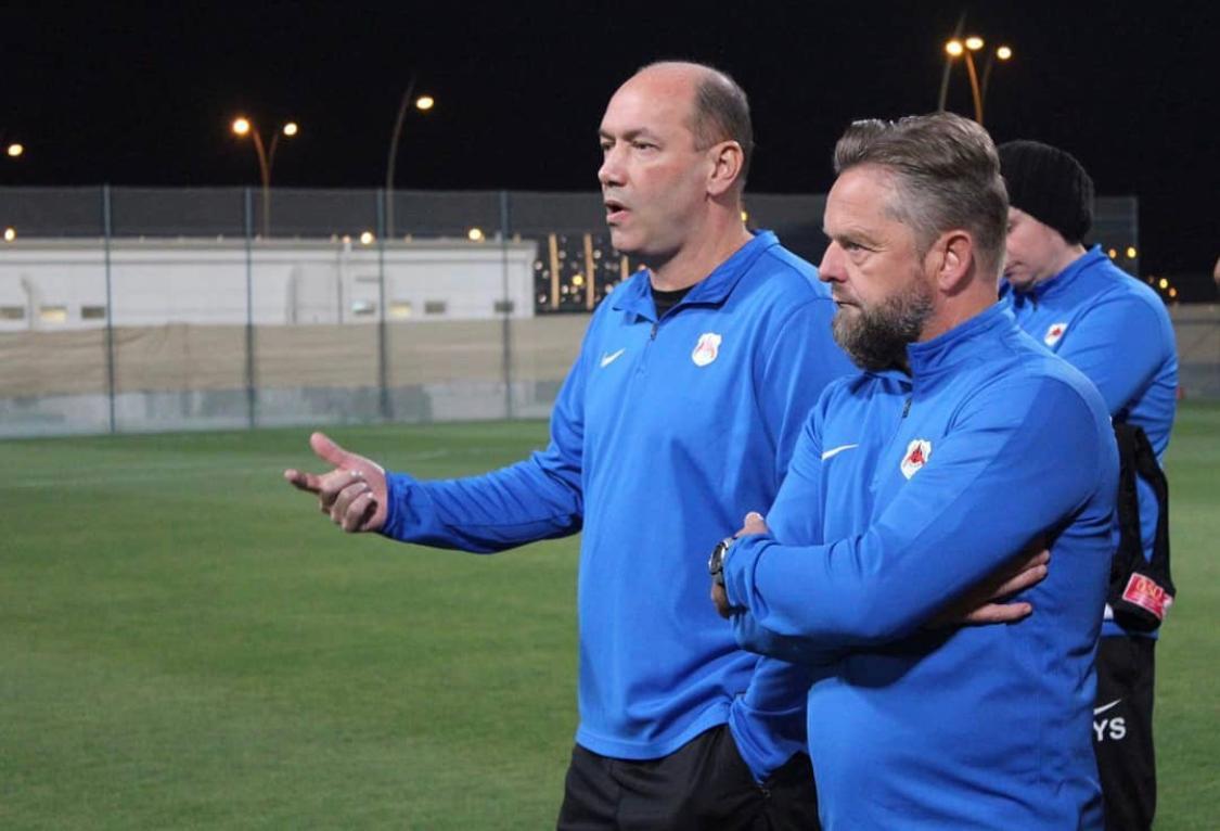 Oud-Haarlem-prof Rob Matthaei over tien jaar in Qatar: 'Ben je net begonnen met de training, moet er worden gebeden'