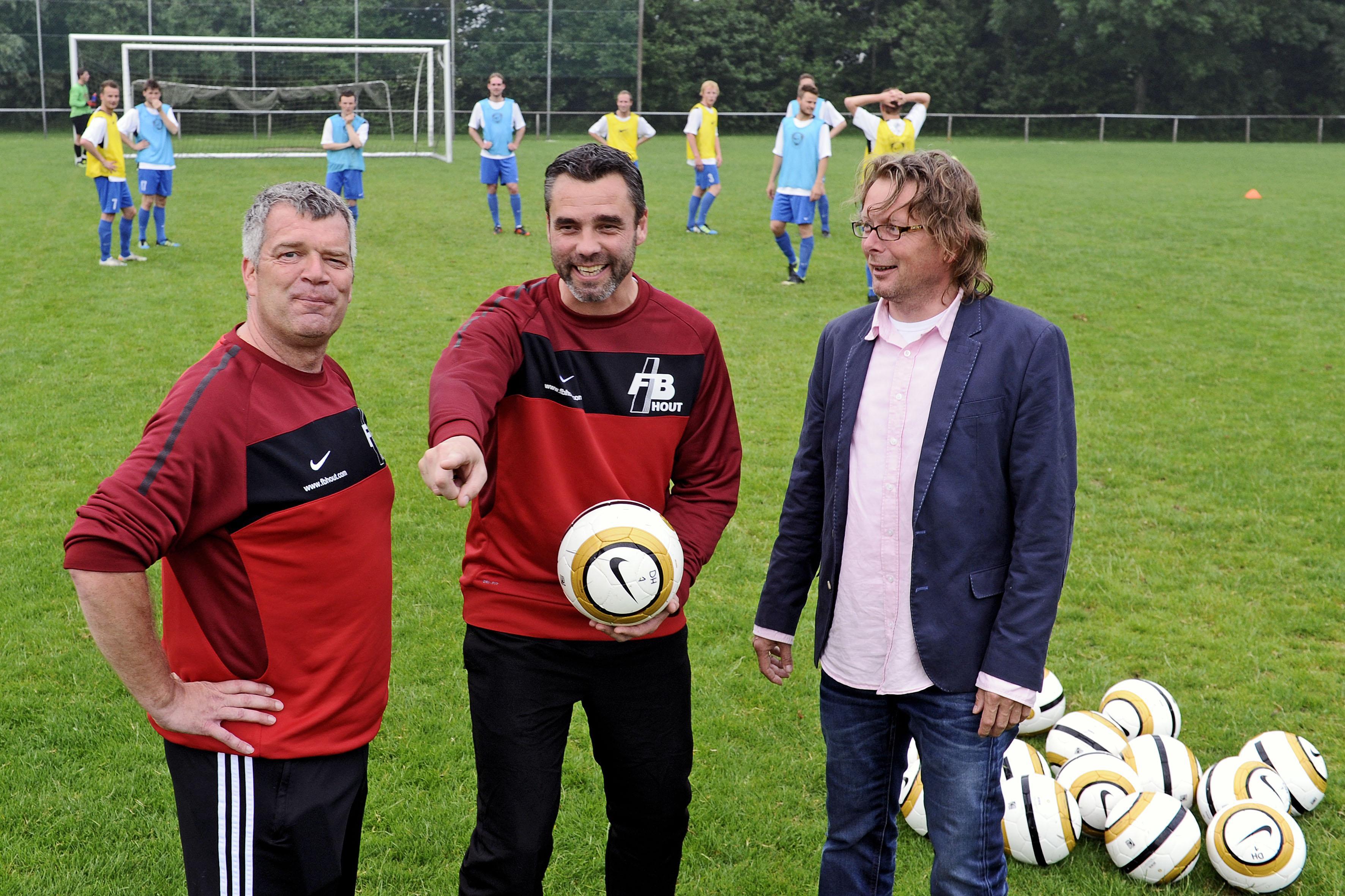 Met Bert Kiewiet gaat een van de beste voetballers heen die Schagen voortbracht, maar ook een bourgondiër die net zo lief 'pielde met de bal'