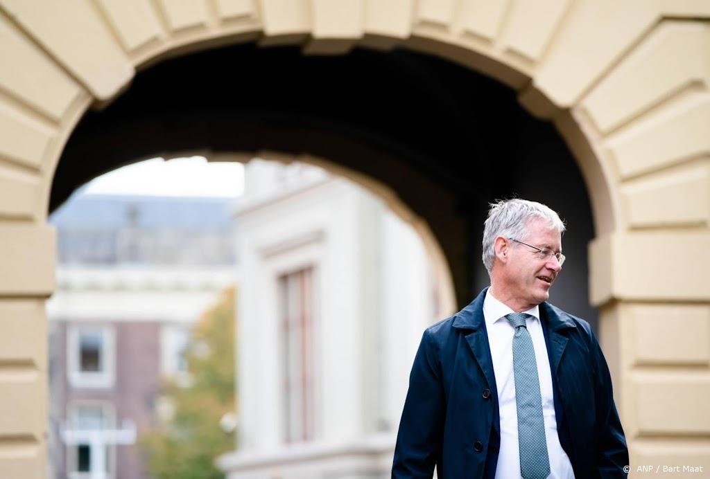 Minister Slob in quarantaine, debat over Mediawet geschorst