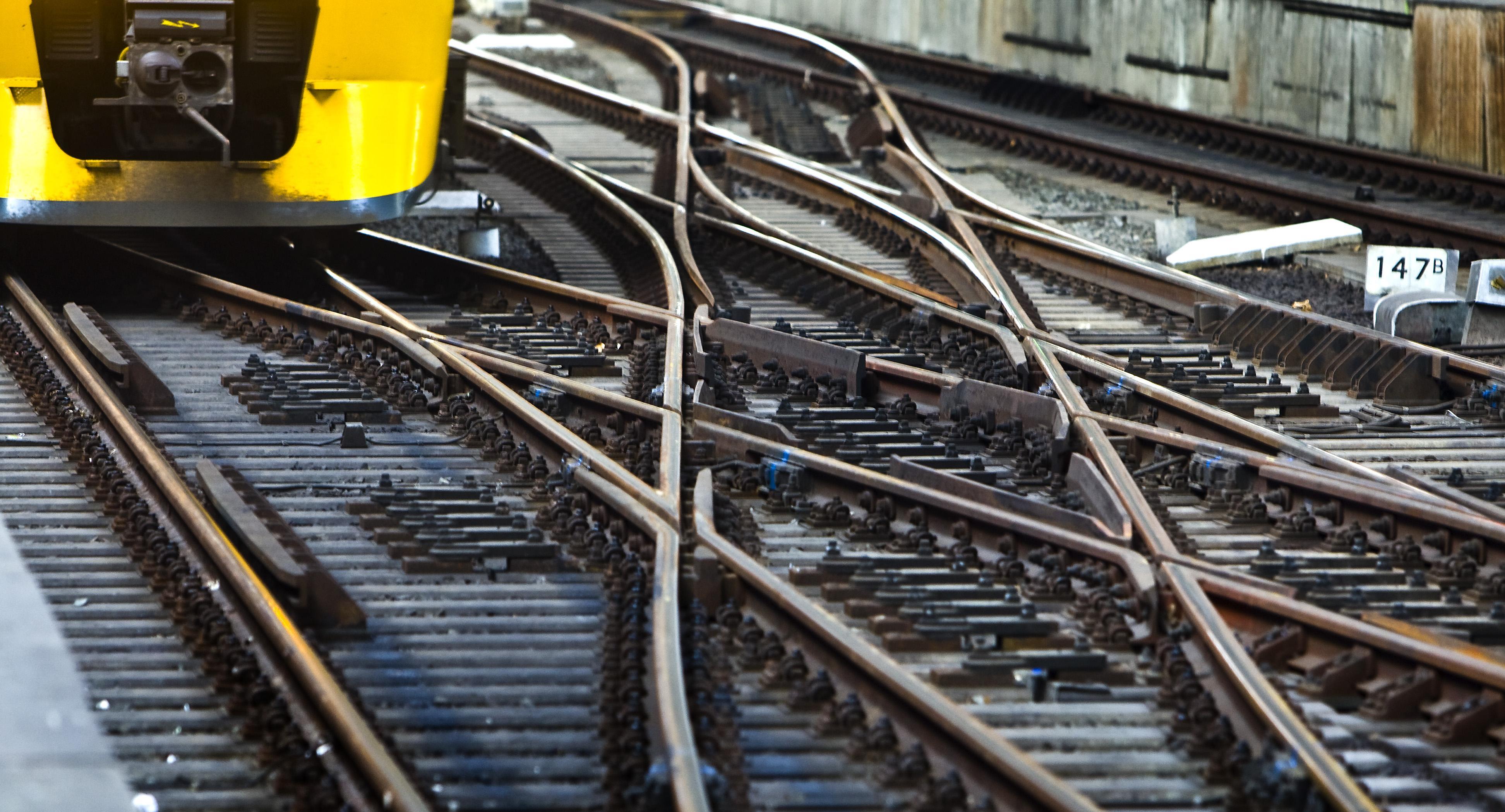 Geen treinen tussen Den Dolder en Baarn door defecte bovenleiding [update]