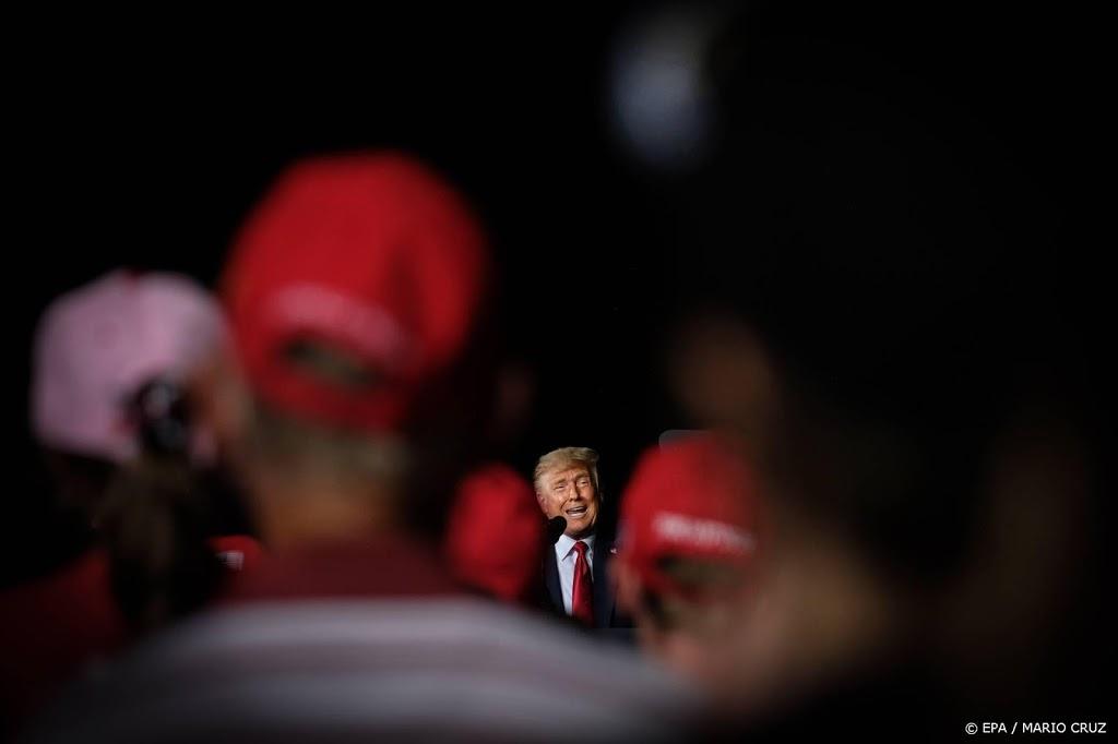 Trump stemt op zichzelf in Florida