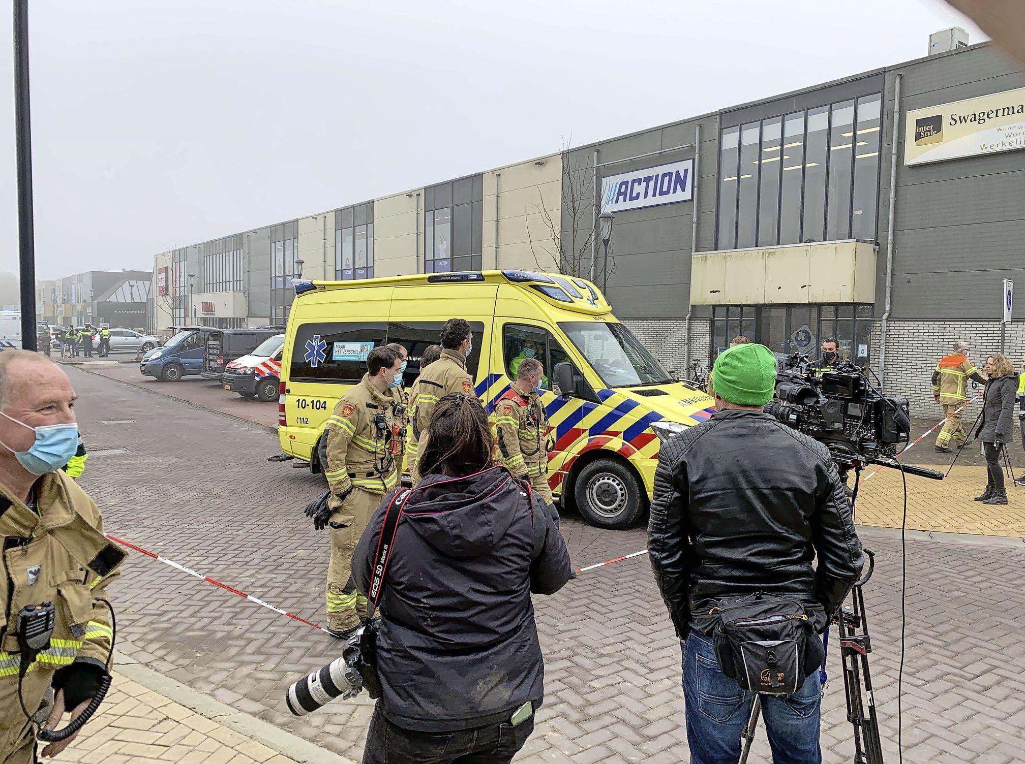 Explosie bij teststraat in Bovenkarspel is zelfs in Engeland nieuws: 'A Covid-19-testcentre has been hit by an explosion in a Dutch town' [column]