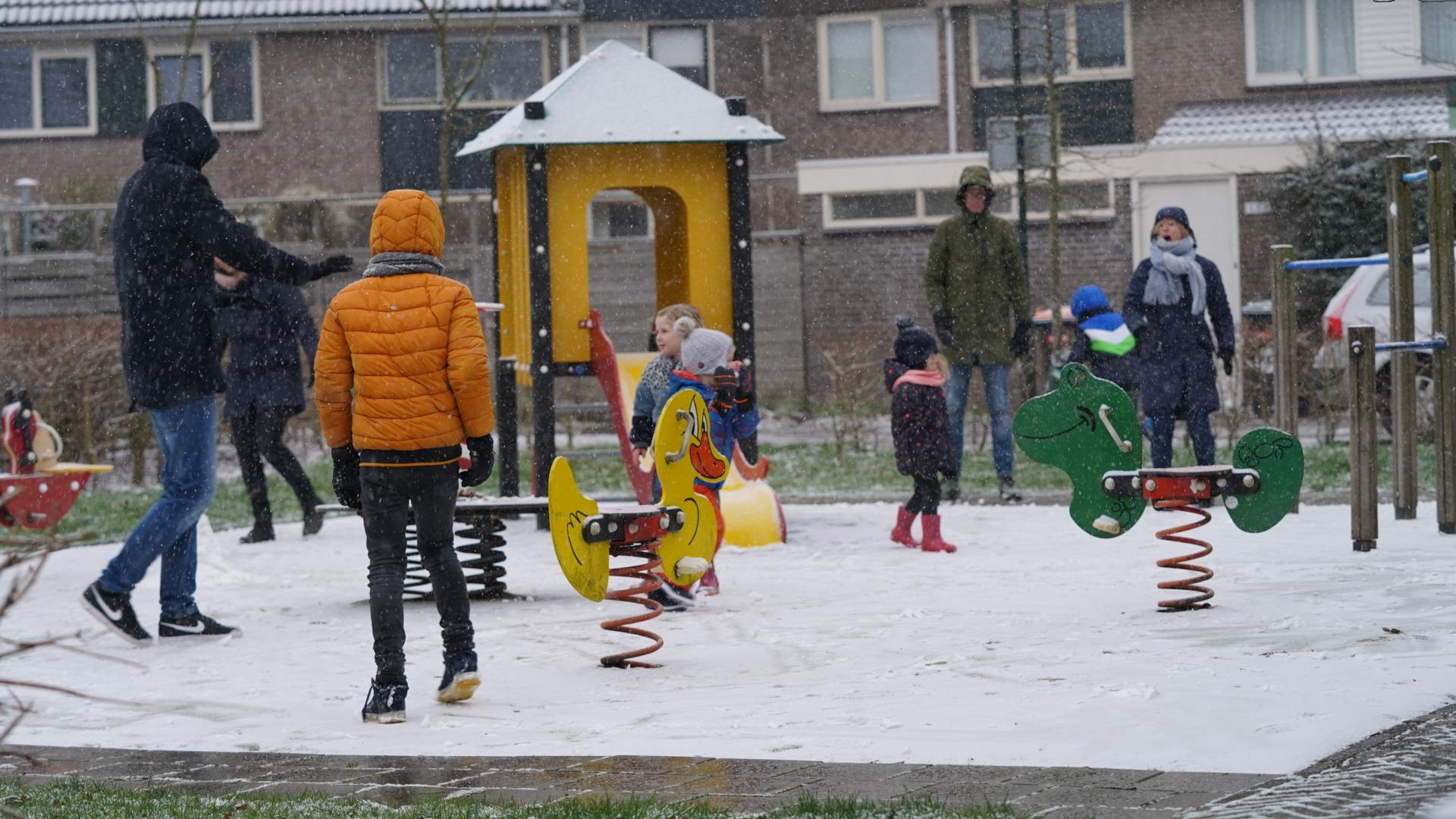 Sneeuw kleurt regio Alkmaar wit. Mooie foto's van winterse taferelen? Stuur ze naar de Alkmaarsche Courant
