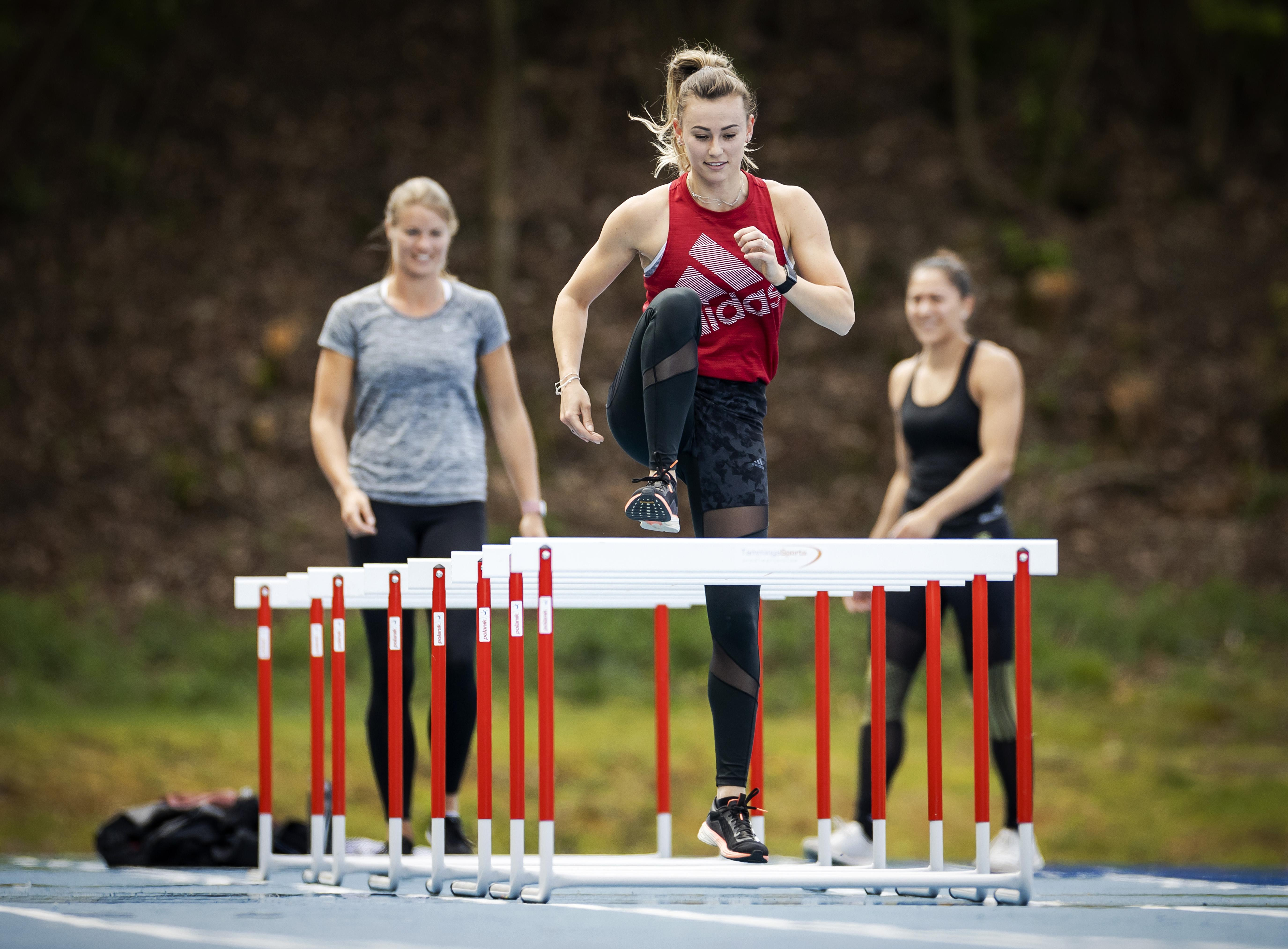 De deur is van het slot. Drie aanlooproutes naar de herstart voor de topsport uitgelicht: atlete Nadine Visser, volleybalster Anne Buijs en wielrenster Maaike Boogaard