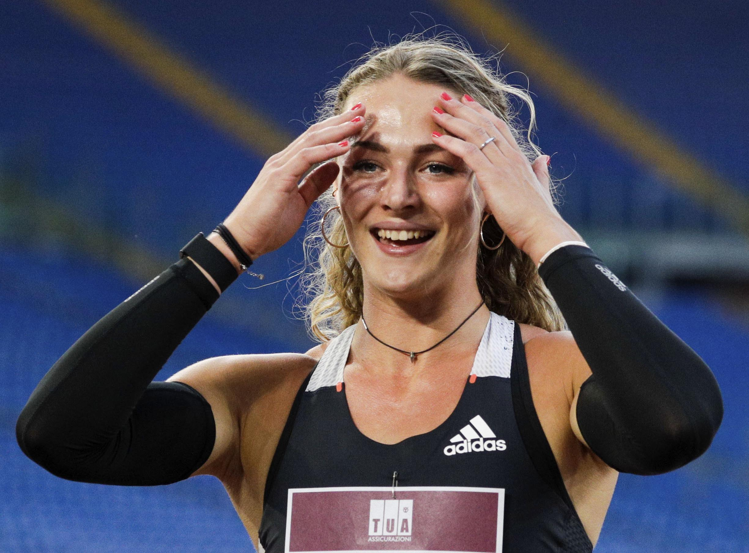 Enkhuizense Lieke Klaver wint 400 meter in Diamond League. 'Heb ik dit gedaan?, dacht ik. Ik ben nu echt trots op mezelf' [video]