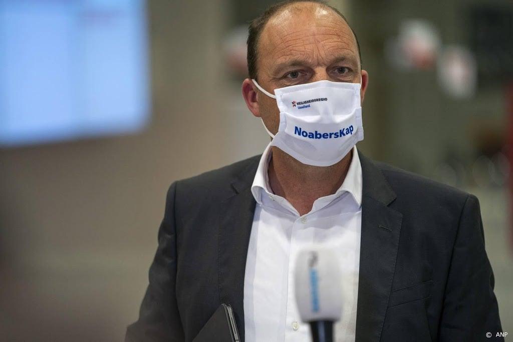 Burgemeester Snijders van Zwolle positief getest op corona