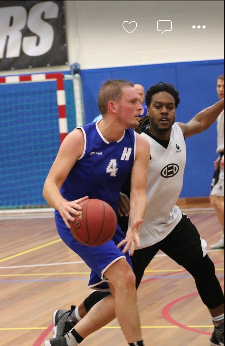 Basketballer Bart Schuurman (Hoppers): 'Het echte topniveau hebben we nu niet bij het eerste team, maar wel bij de oudere jeugd, met die basis gaan we voor een mooie toekomst'