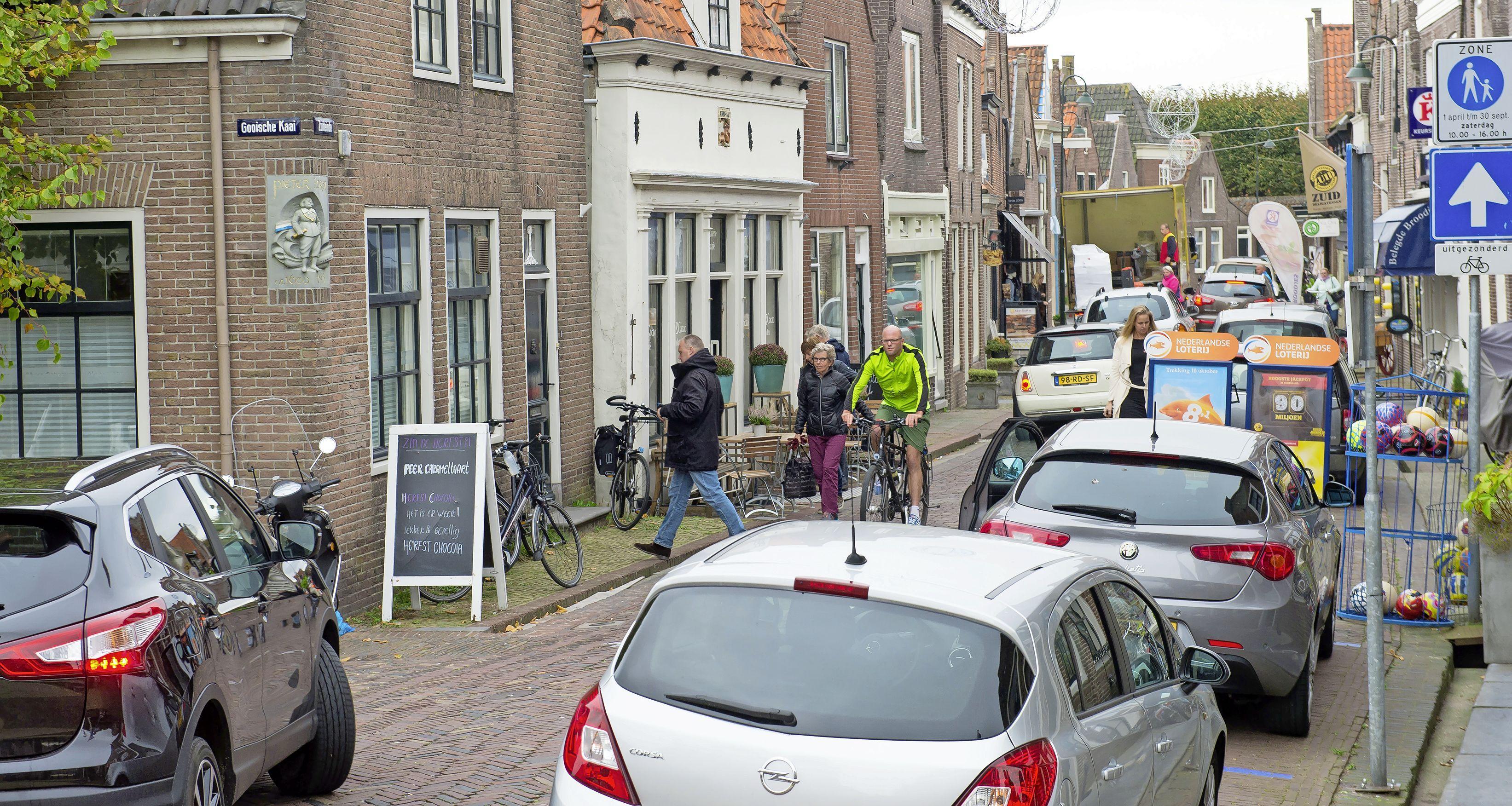 Zuideinde in Monnickendam wordt iets minder autoluw: blikvrije periode ingekort met twee maanden
