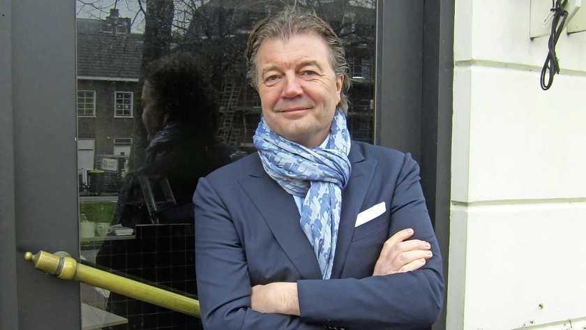 Gooise gastheer Patrick Lommers maakt uitstap buiten zijn 'territorium' en koopt zijn negende café in Haarlem