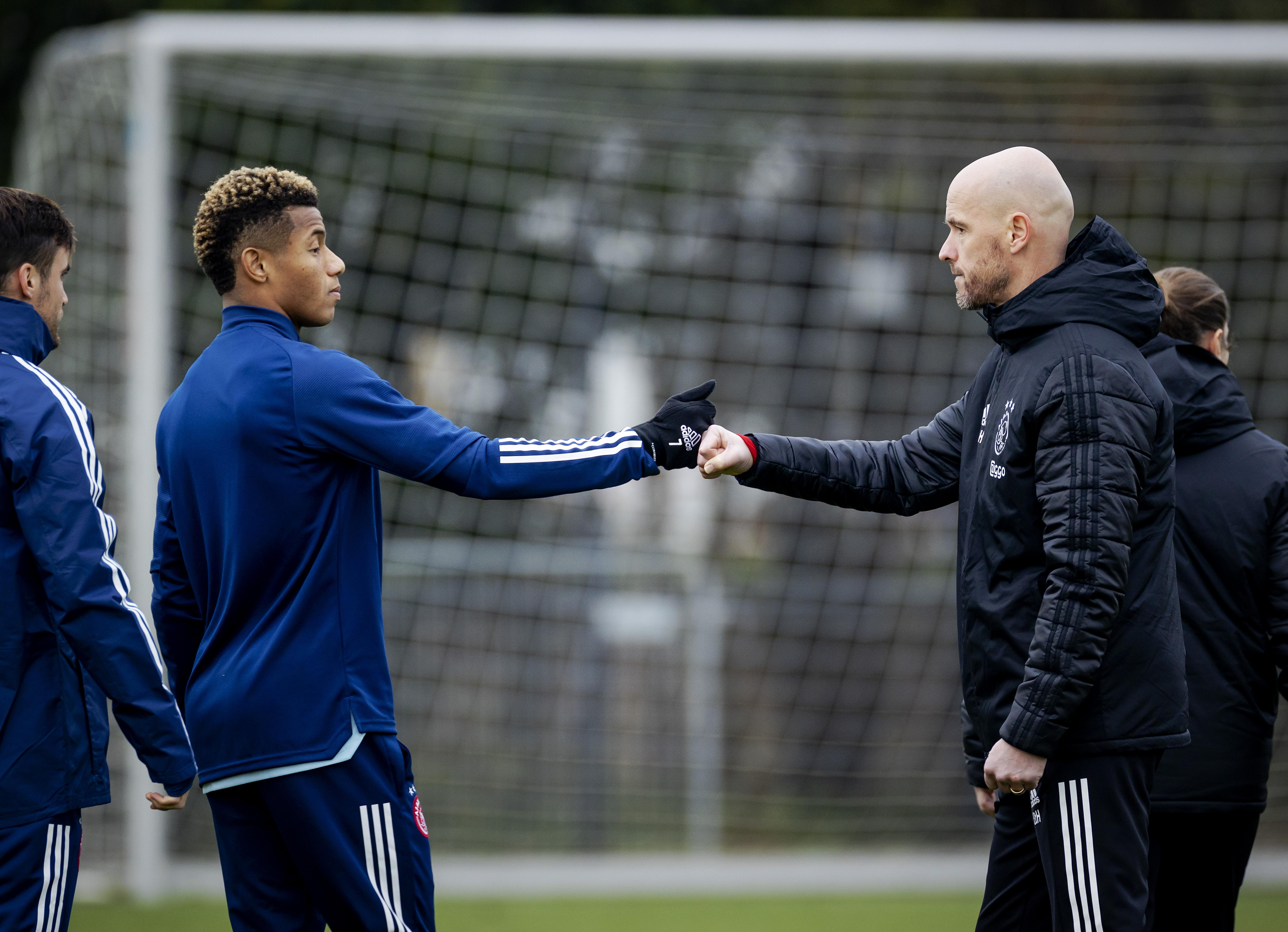 Ajax nog zonder Neres tegen Feyenoord