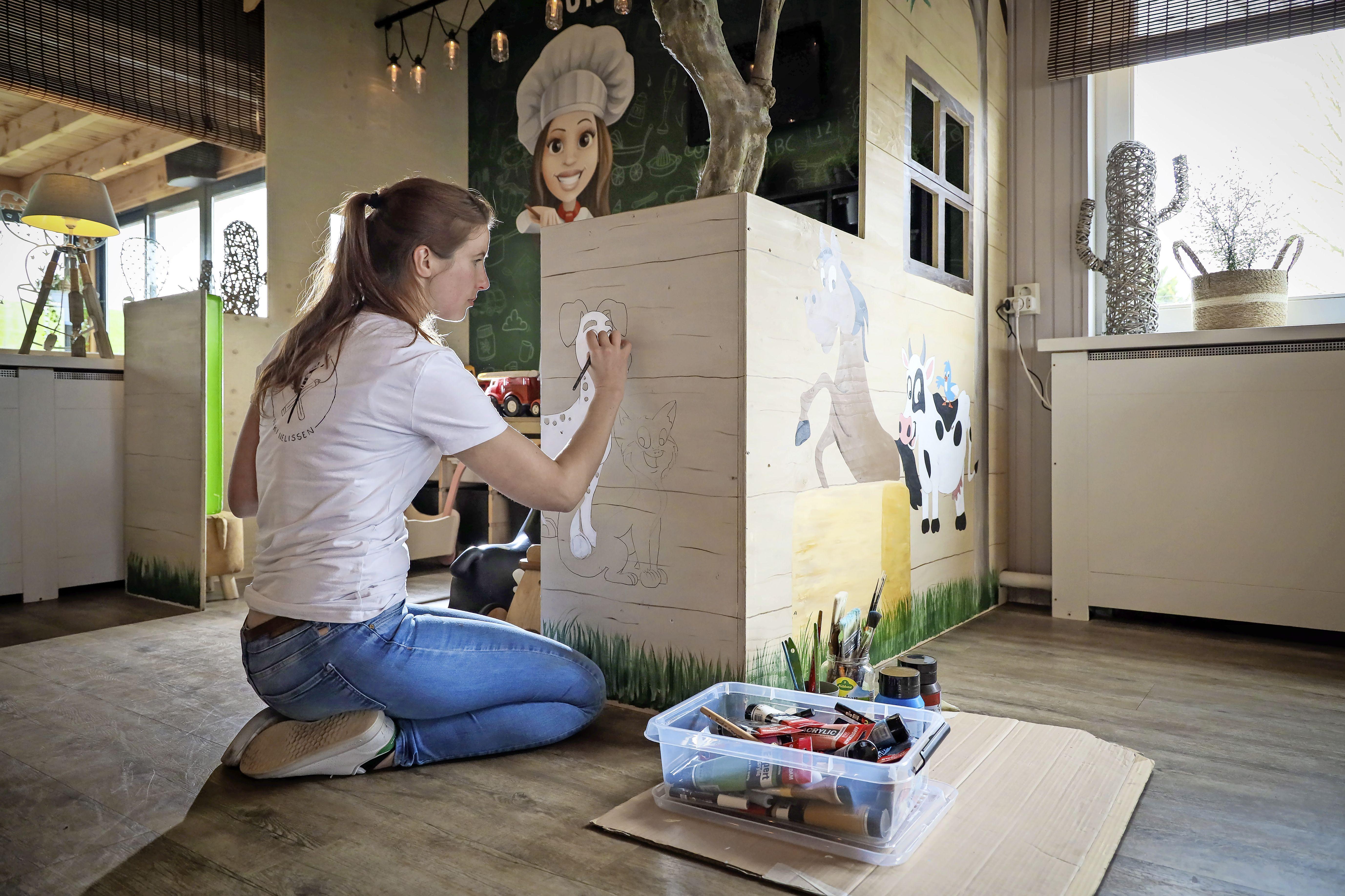 Niki Nelissen is uit onrust gaan schilderen