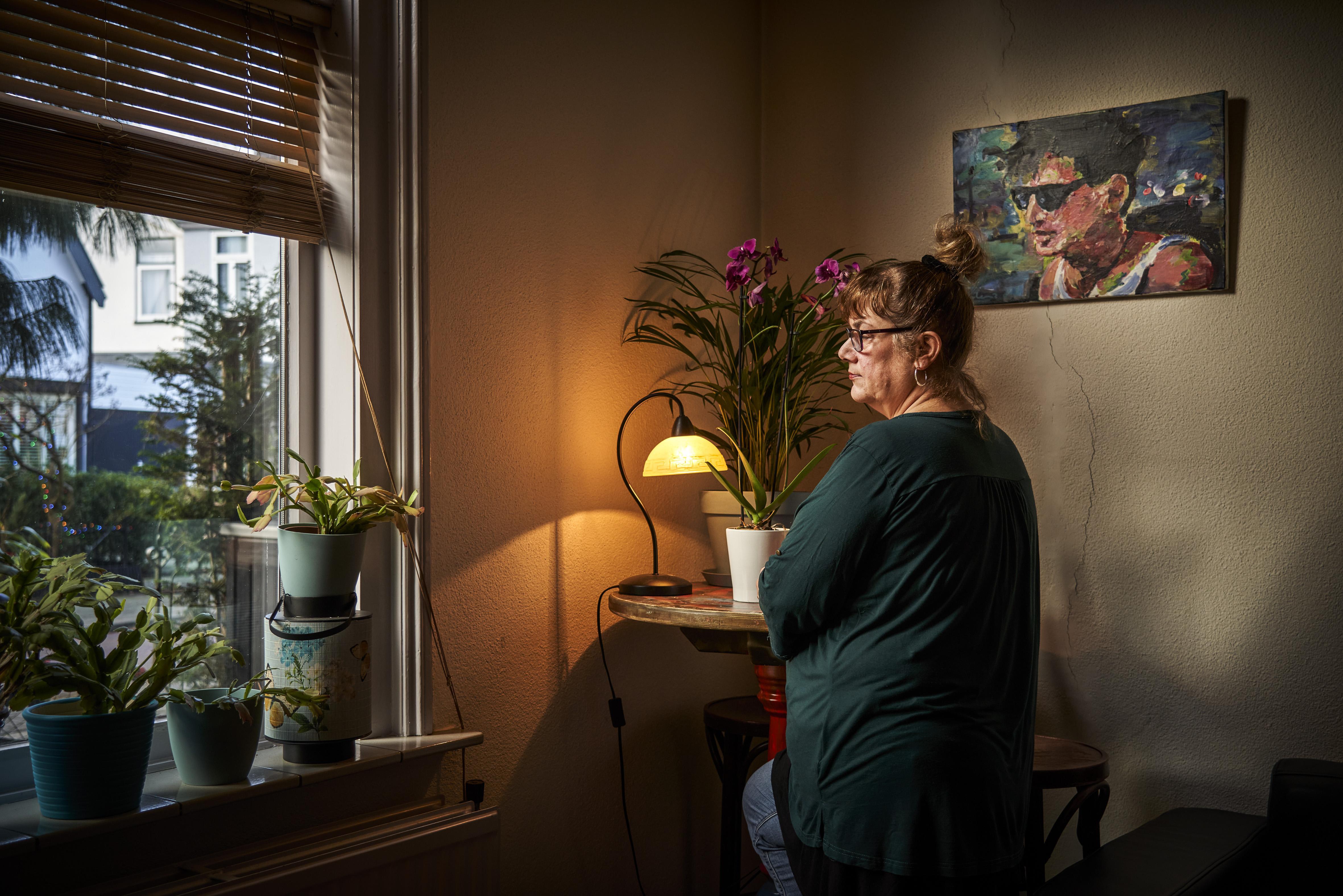 Sabine uit Bussum kreeg nooit bijstand, maar moest door een fout van haar vriend toch anderhalve ton terugbetalen wegens fraude: 'Wettelijk klopt het, maar het voelt zó oneerlijk'