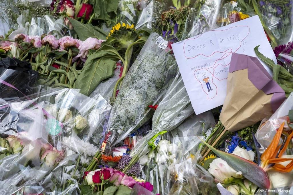 'Moment van bezinning' in Amsterdamse kerk na aanslag De Vries