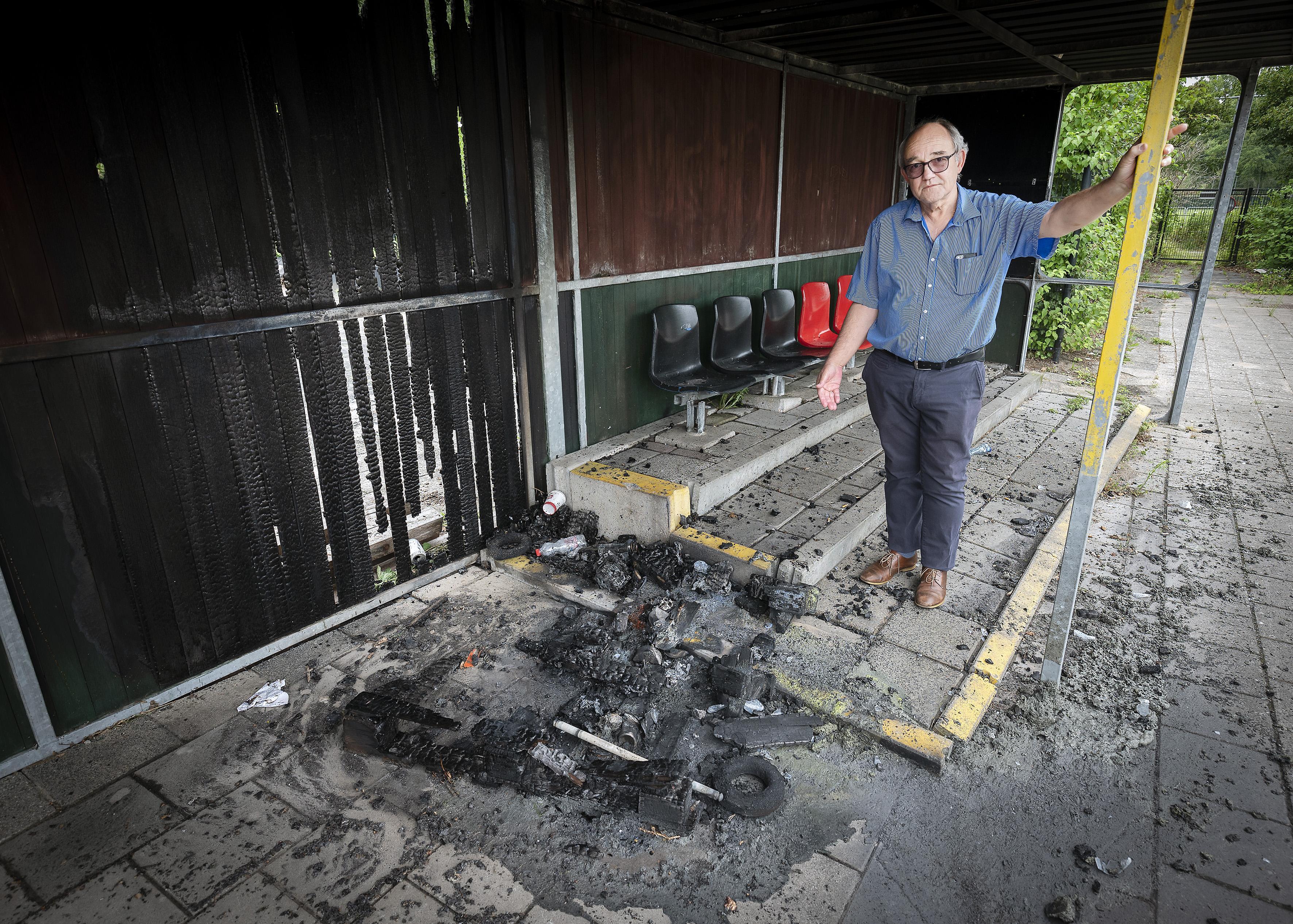 Brand is zoveelste incident bij voetbalclub in Haarlem-Noord: EDO wil hulp van de gemeente