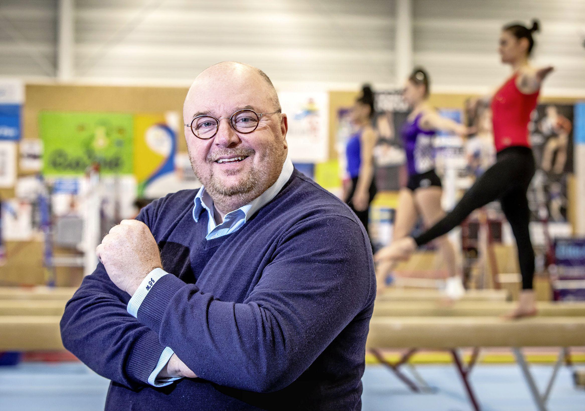'Het moet afgelopen zijn met Spartaanse praktijken bij jonge turners', vindt John Nederstigt. Als voorzitter van SV Pax wil hij de cultuur veranderen