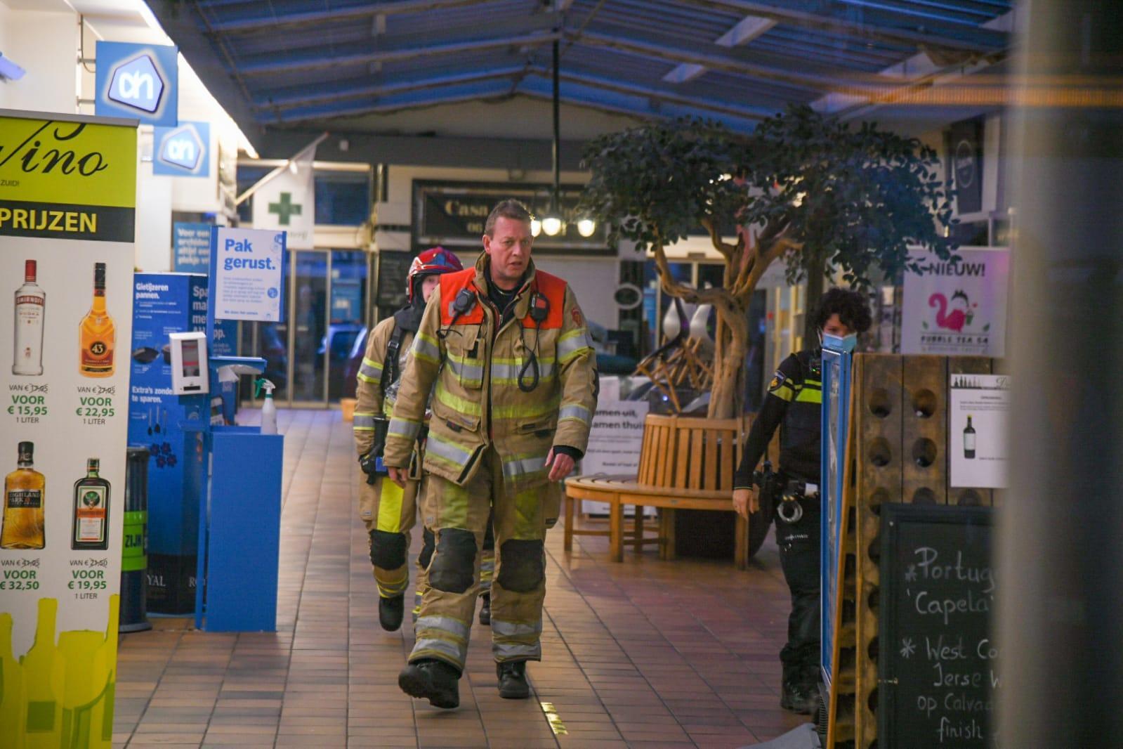 Brandje in winkelcentrum in Hilversum; sigaret mogelijk de oorzaak