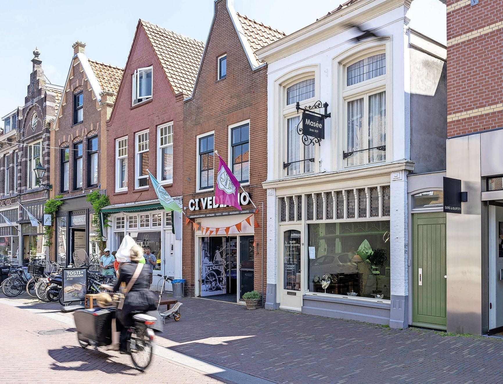 Van Til neemt tweehonderd jaar oude meubelzaak Masée aan het Ritsevoort over. 'Al twee eeuwen een begrip in Alkmaar'
