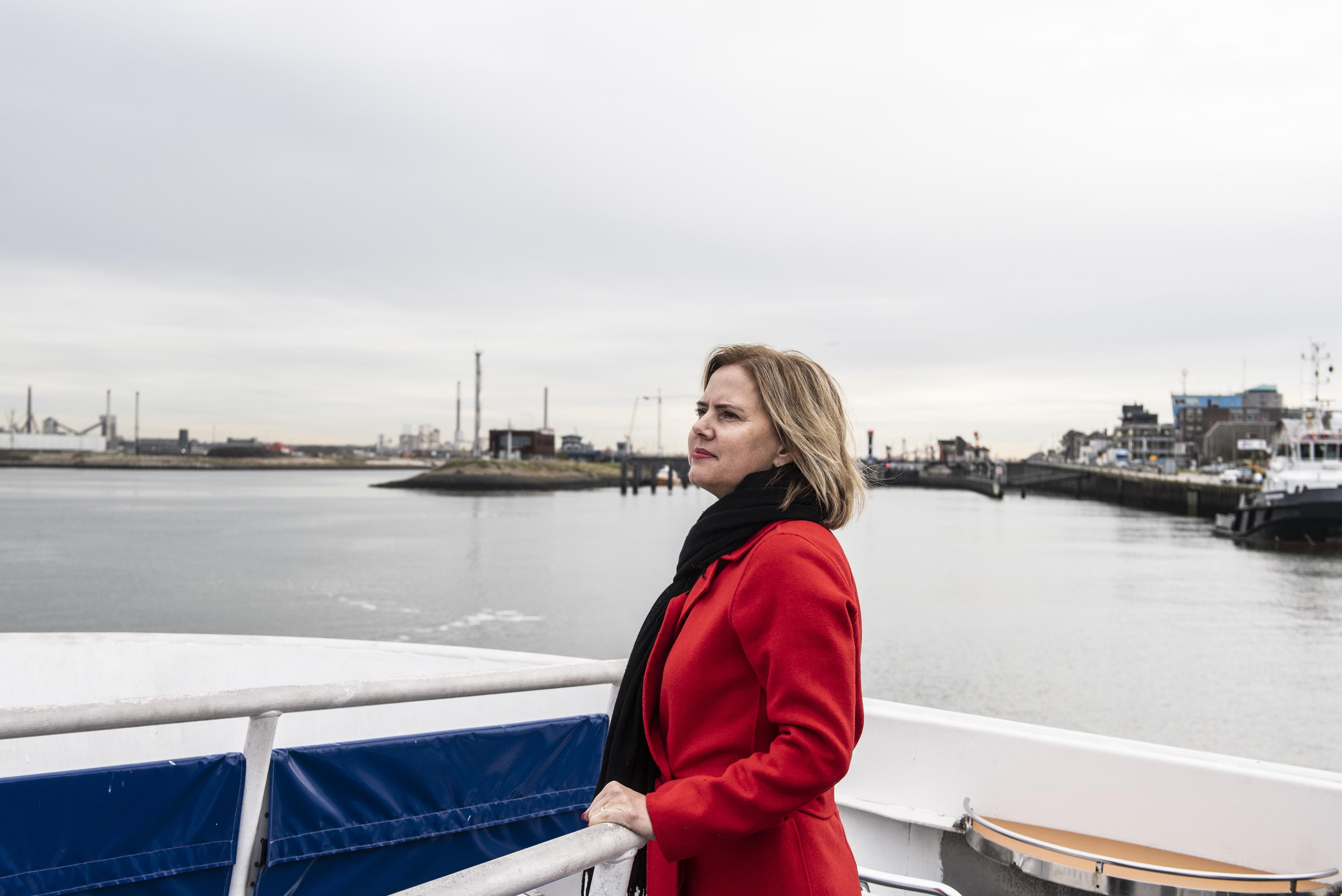 Minister blikt terug op hoofdpijndossier nieuwe zeesluis bij IJmuiden