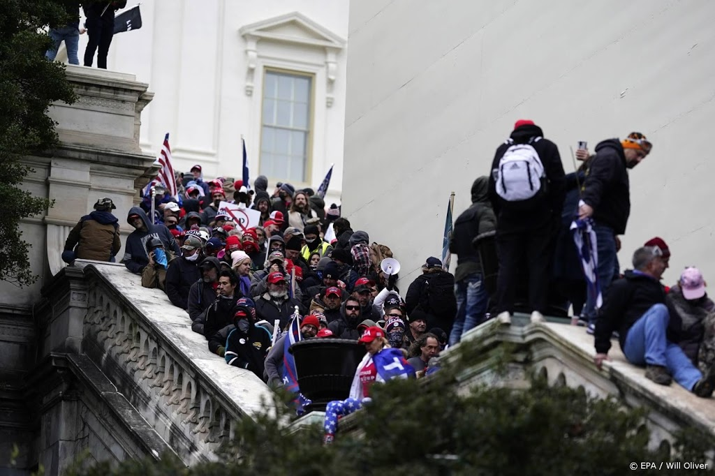 Justitie vervolgt minstens 500 personen voor bestorming Capitool