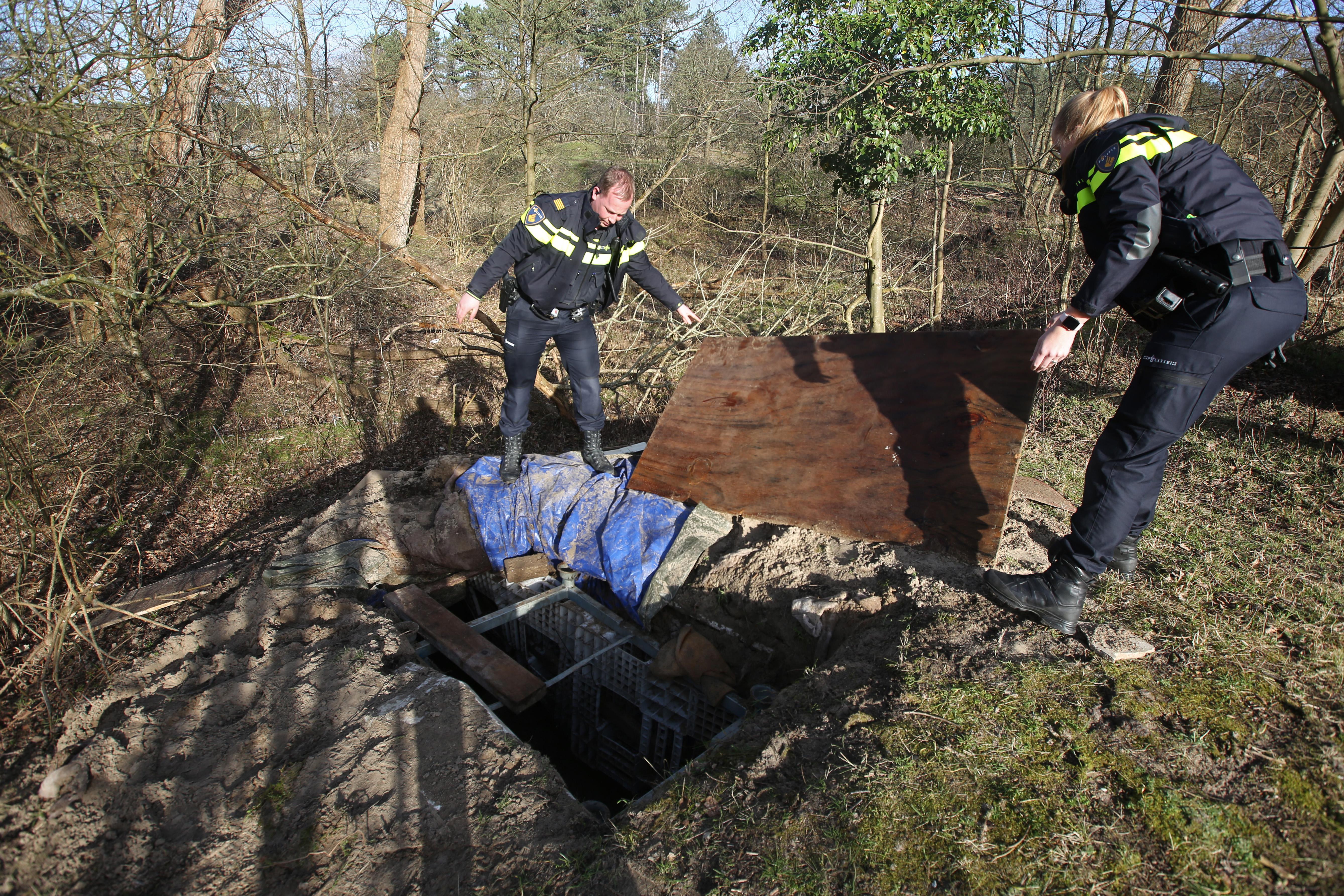 Wietbunker in oude atoombunker bij Overveen verrast duinbeheerder PWN