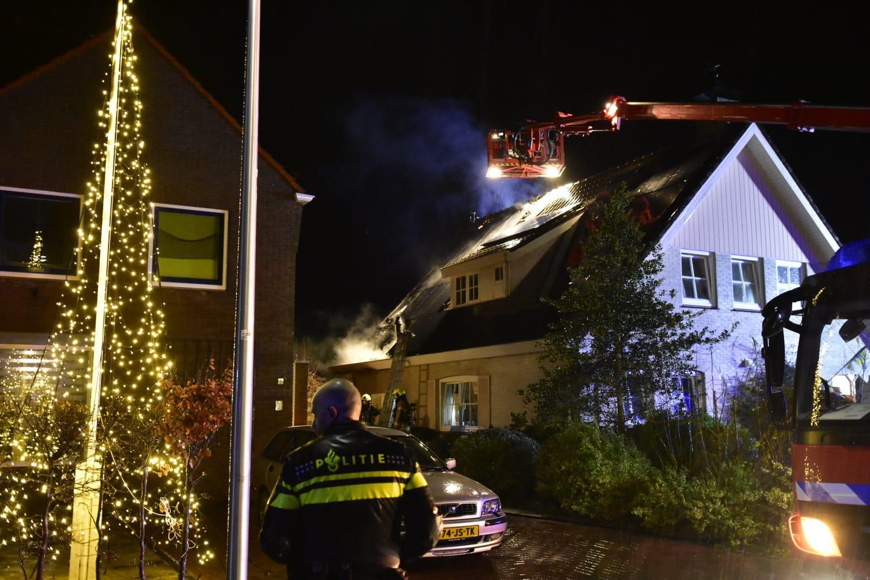 Woningbrand in Den Burg. Geen gewonden, wel veel schade