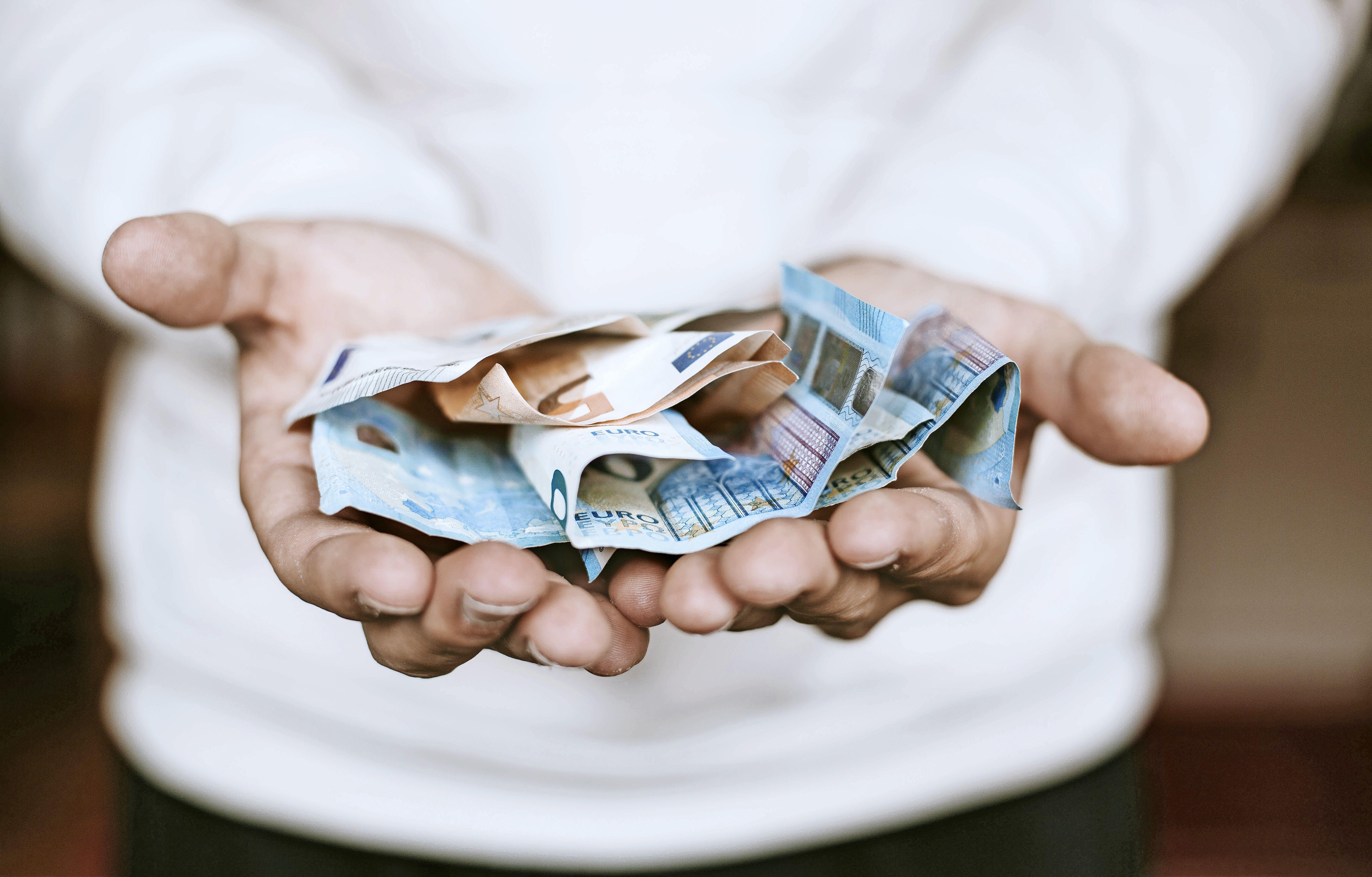 Minder vergoeding voor Haarlemse bezwaarschriftencommissie, maar ook minder zaken per zitting