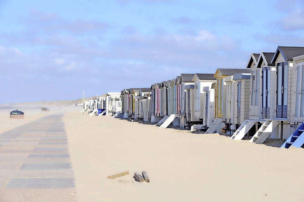 'Beperking gebruik van strandhuisjes in Wijk aan Zee is bedoeld om de natuur te ontzien'