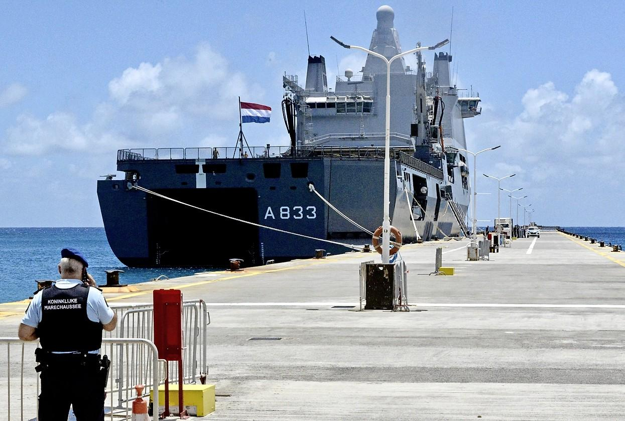 Karel Doorman onderweg naar Den Helder na corona-inzet in het Caribisch gebied
