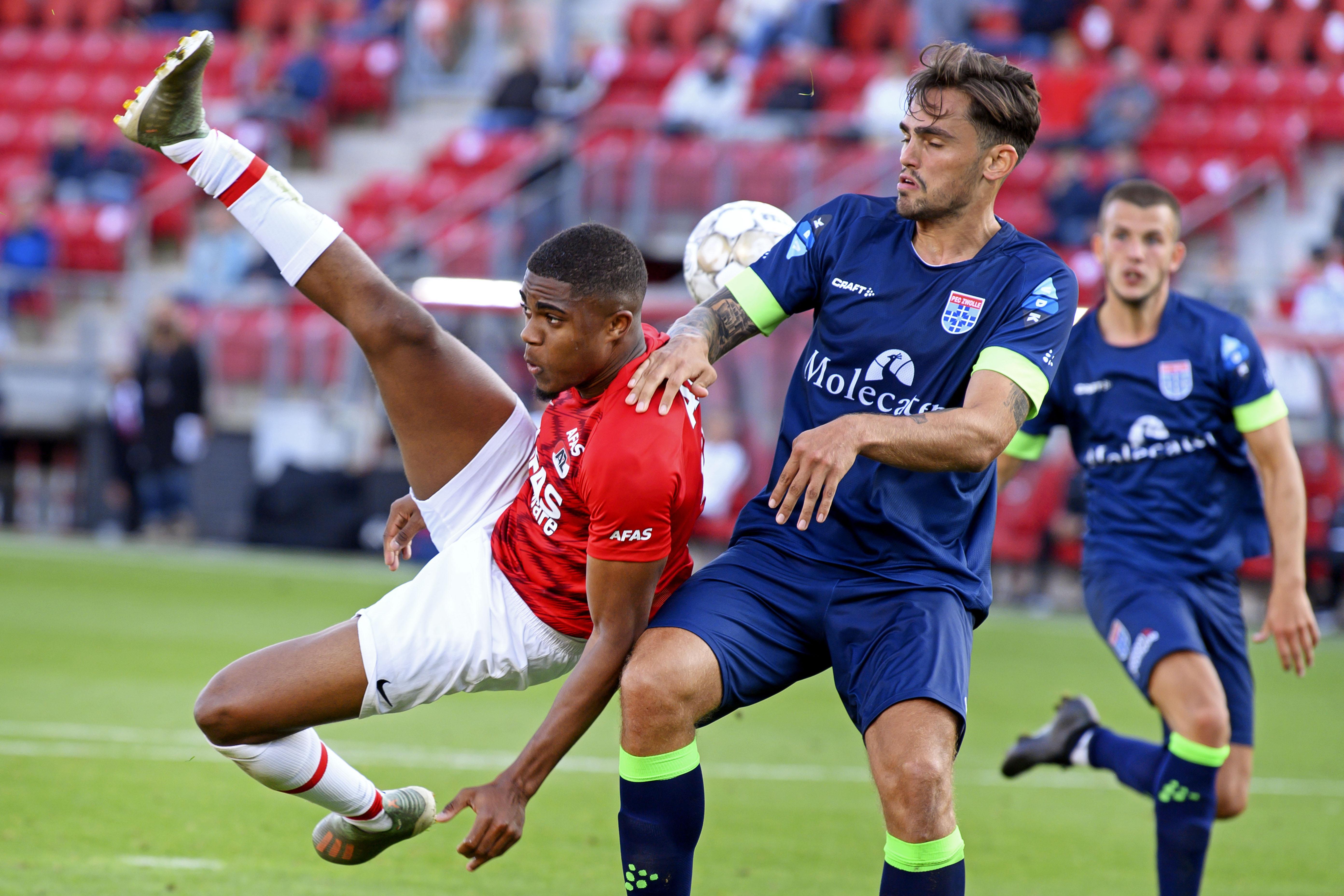 AZ-spits Boadu: 'Ik was echt aan het bidden dat die bal erin ging'