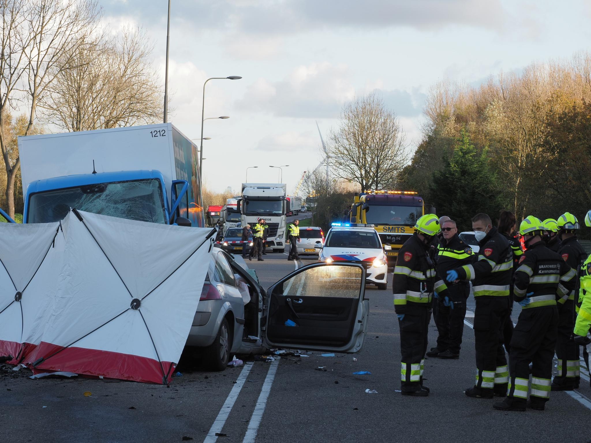 Slachtoffer dodelijk ongeval Velsen-Zuid is 34-jarige vrouw uit Almere; rijbewijs bestuurder bestelbus ingevorderd na positieve drugstest