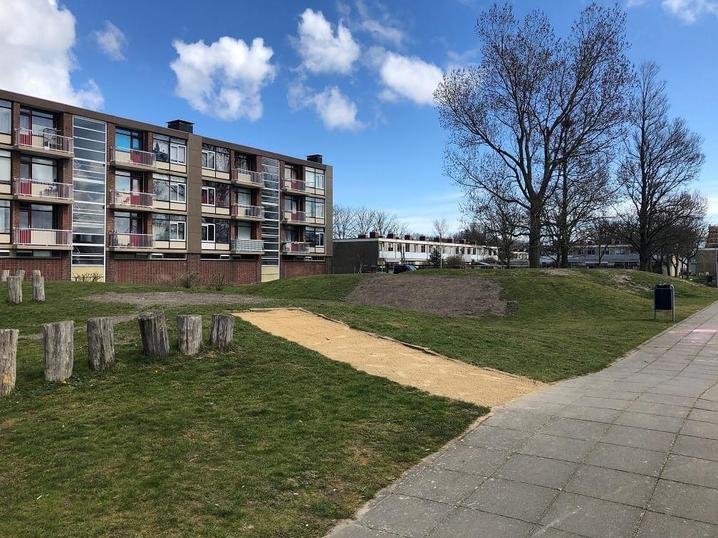 Speeltuin aan de Texelstroomlaan in Den Helder krijgt nieuwe speeltoestellen en is om die reden vanaf maandag voorlopig gesloten