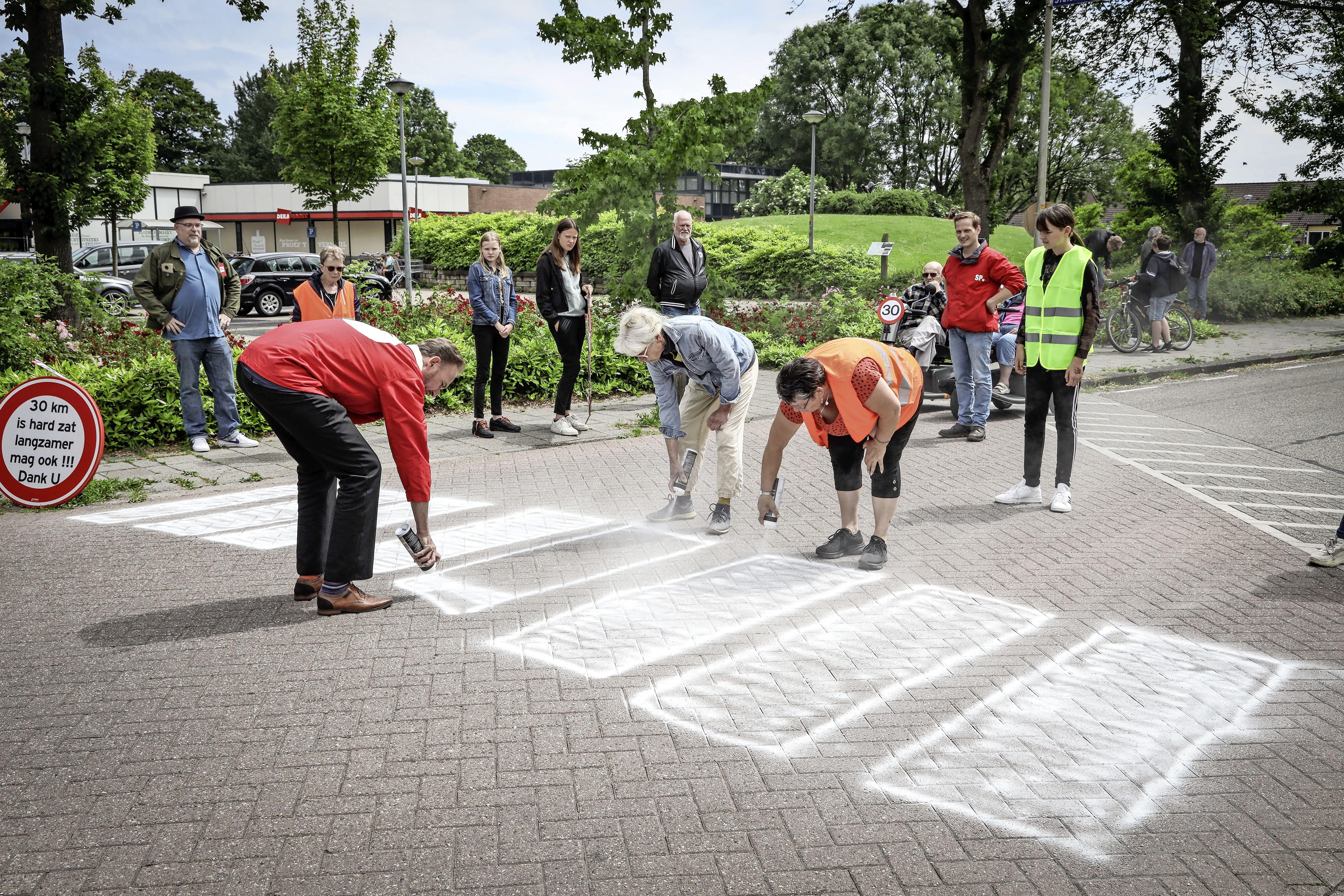 Huizen bouwen in West-Friesland, maar dan ook het wegennet aanpassen aub! | commentaar