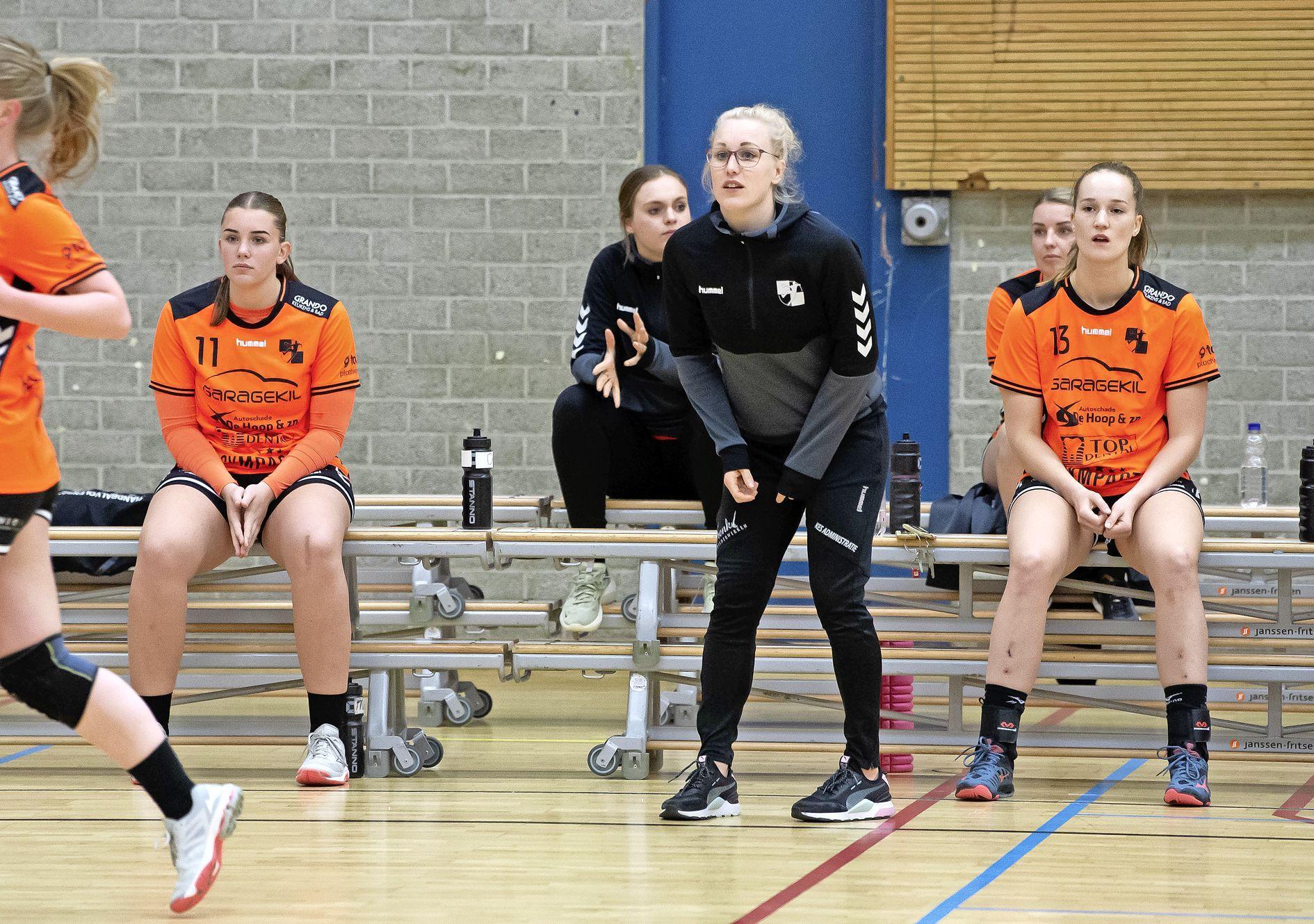 Wachten op nieuwe trainer: contouren nieuw seizoen handbalsters Volendam blijven vaag zonder coach