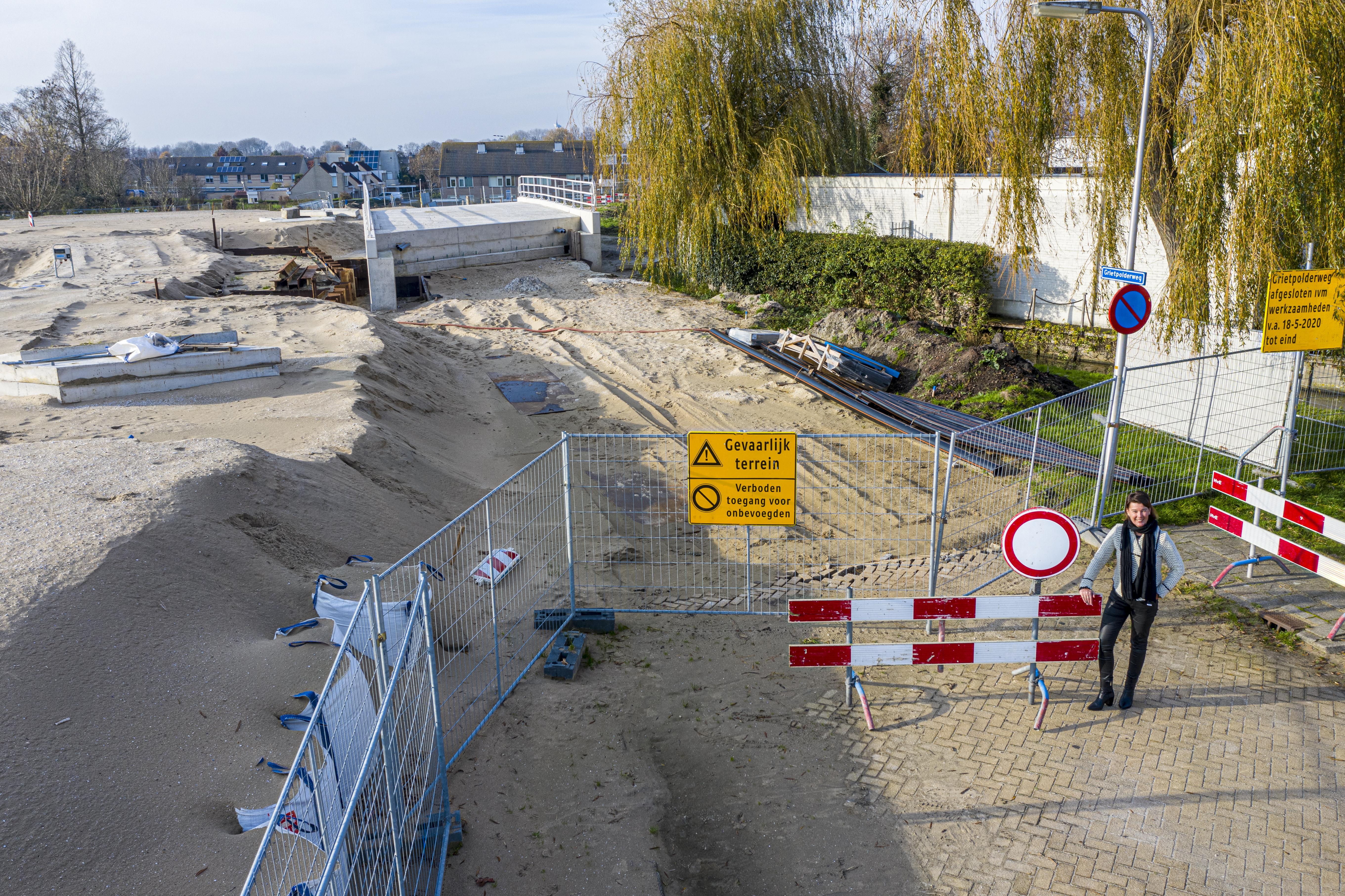 Overzichtelijke klus wordt een langdurige nachtmerrie naast de Dorpshaven in wording in het hart van Leimuiden