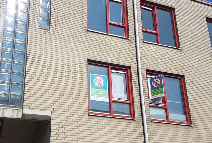 Woning aan Blokschaaf in Zaandam gesloten na aantreffen hennepkwekerij; drie verdachten aangehouden