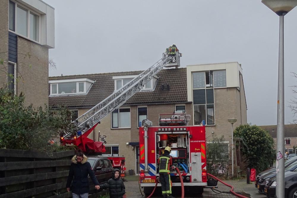 Houtkachel zorgt voor veel rook in woning Noordwijkerhout