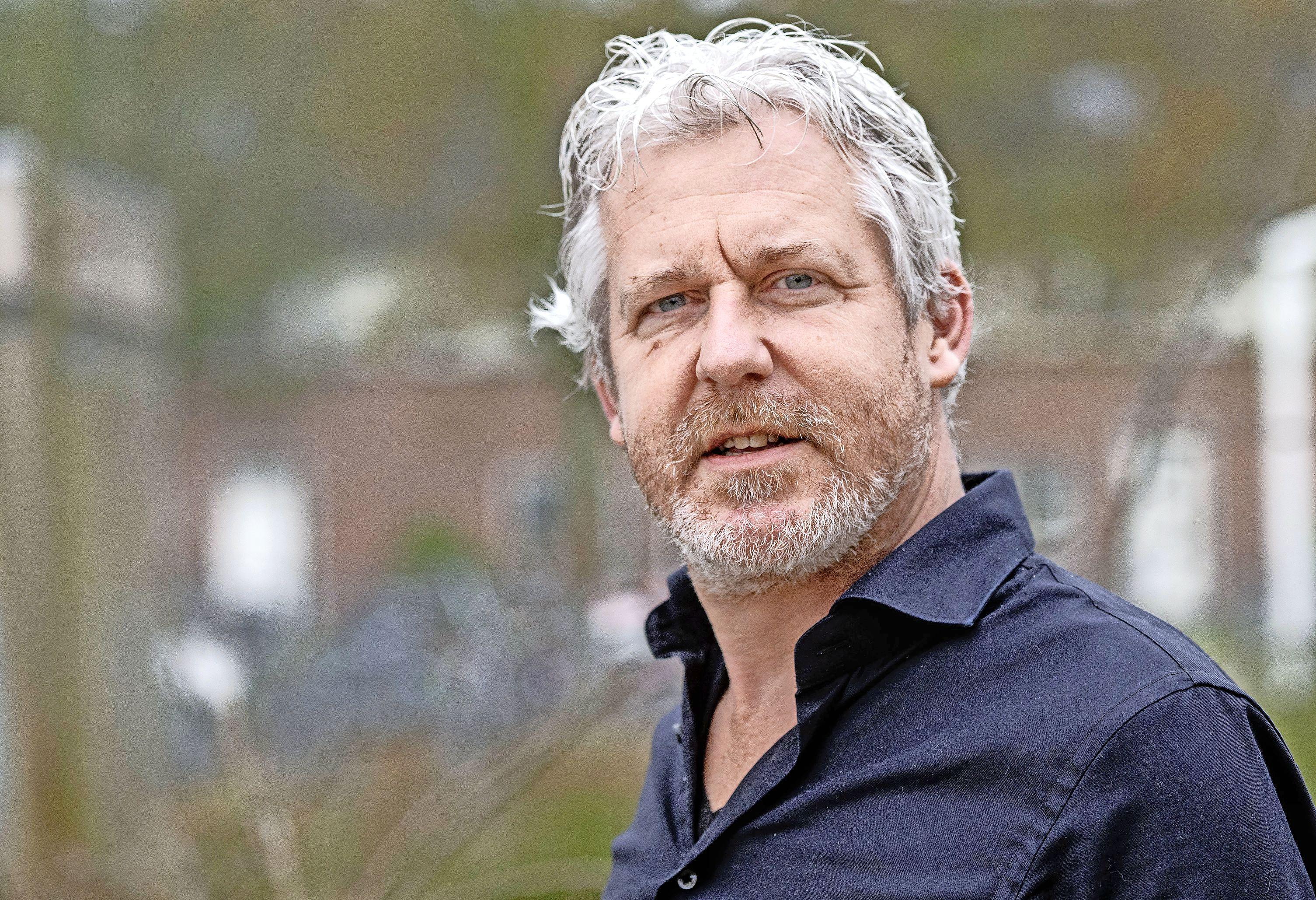 Schooldirecteur Egbert de Jong uit Haarlem gaat voor een partij met socialistische inslag