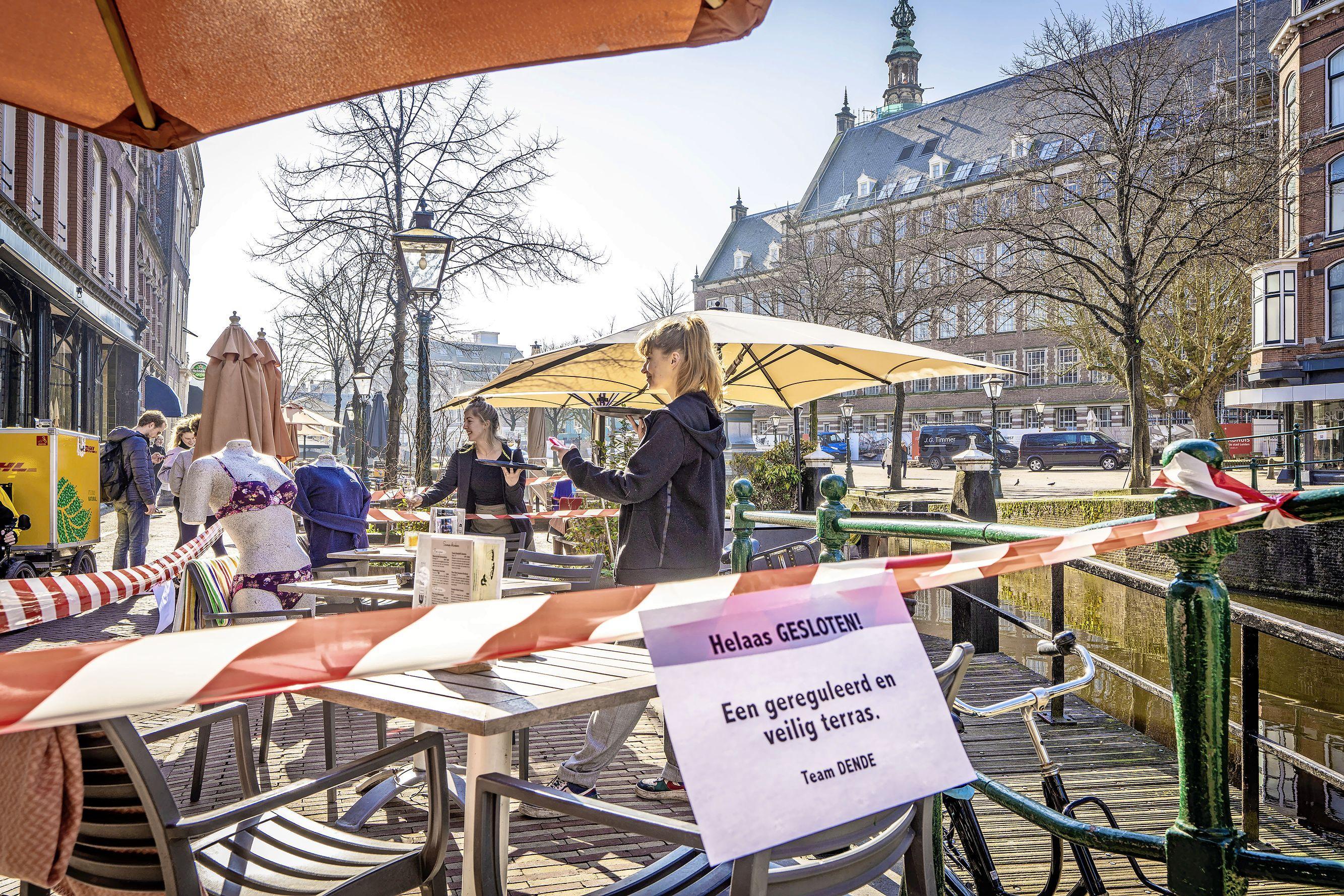 Horeca zet terrassen op: 'In het park zit iedereen op elkaar, hier kunnen we het reguleren' [video]