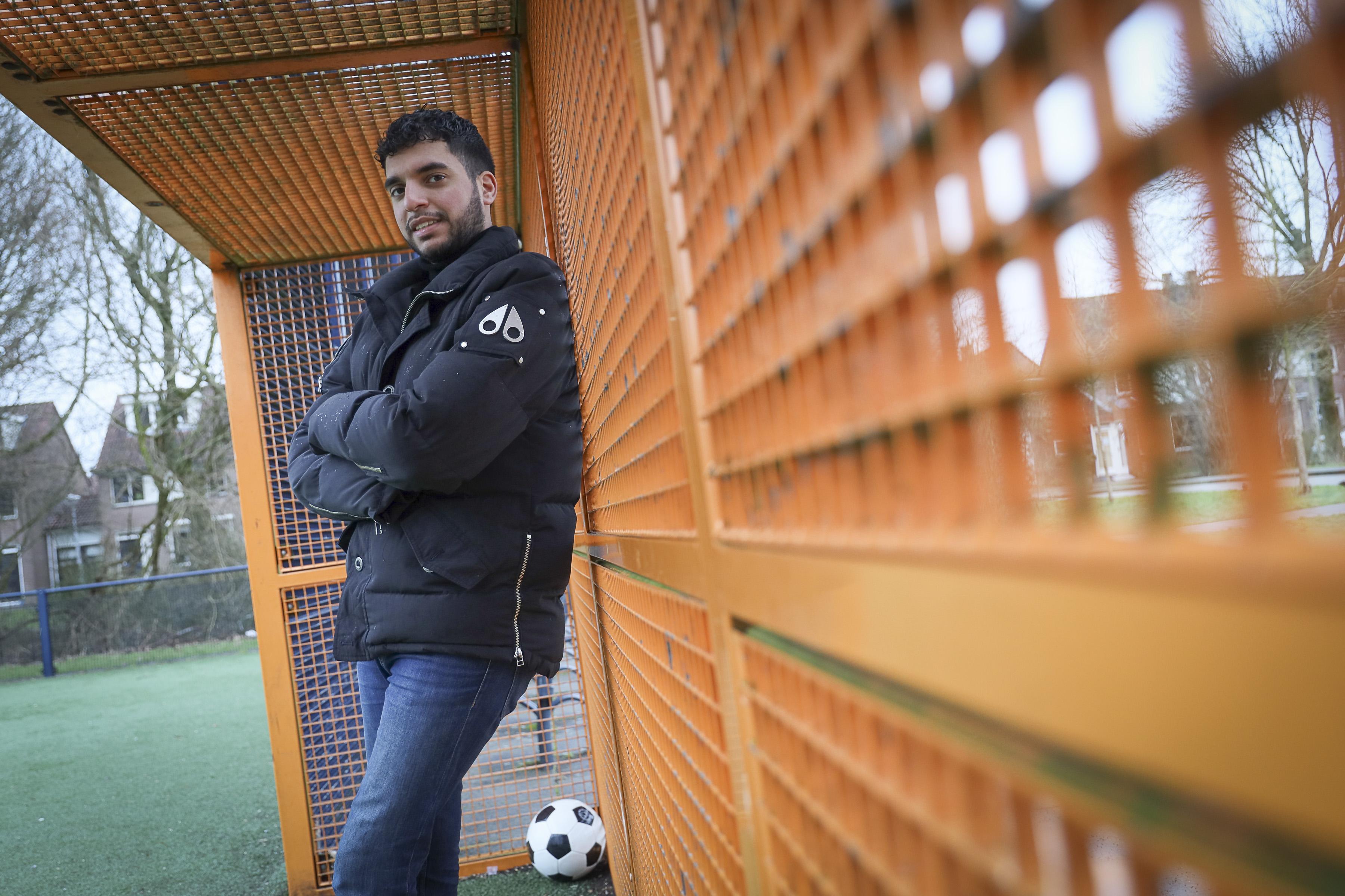 Rachid Uad durft groot te dromen: Jonge Hoornse voetbaltrainer wil binnen tien jaar werken in het linkerrijtje van de eredivisie