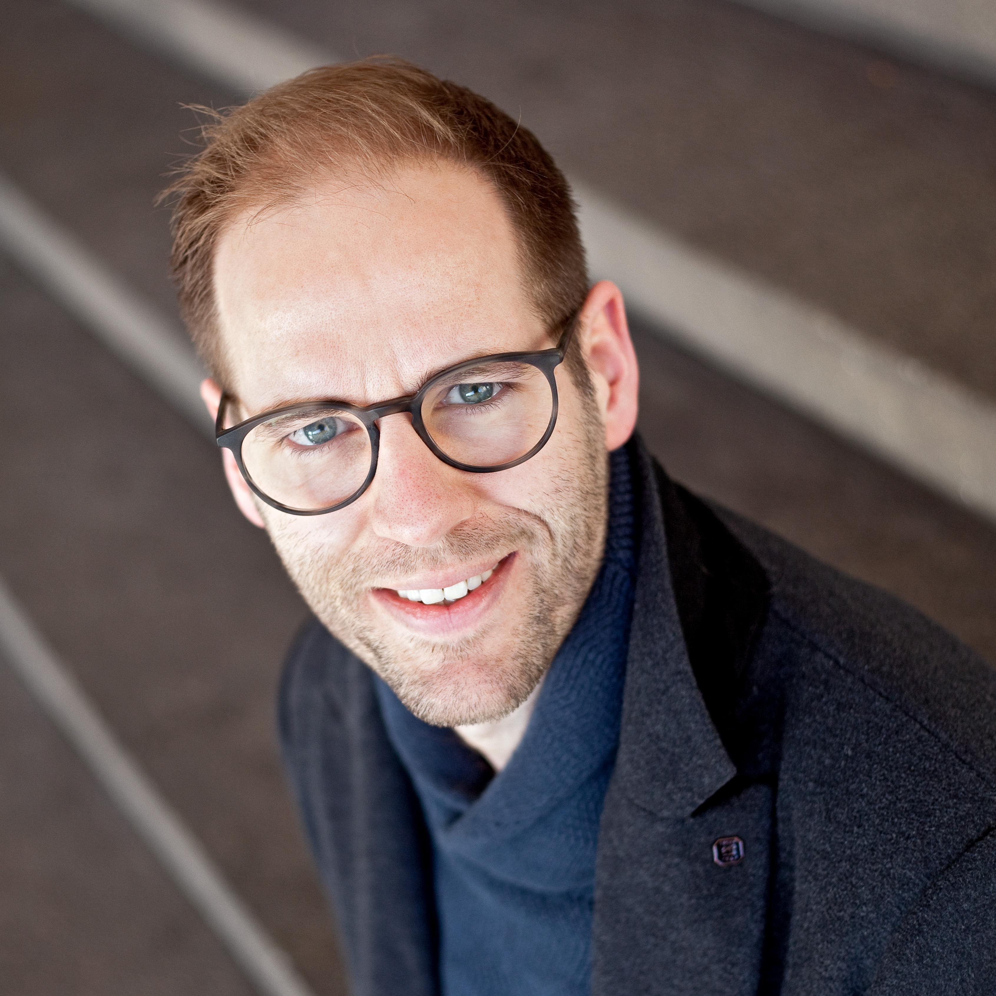 Gideon Nijemanting volgt raadslid Robert te Beest in Velsen op