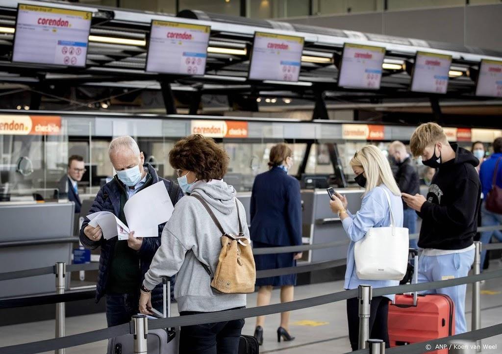 Kabinet blijft reizen naar meeste Europese vakantielanden ontraden