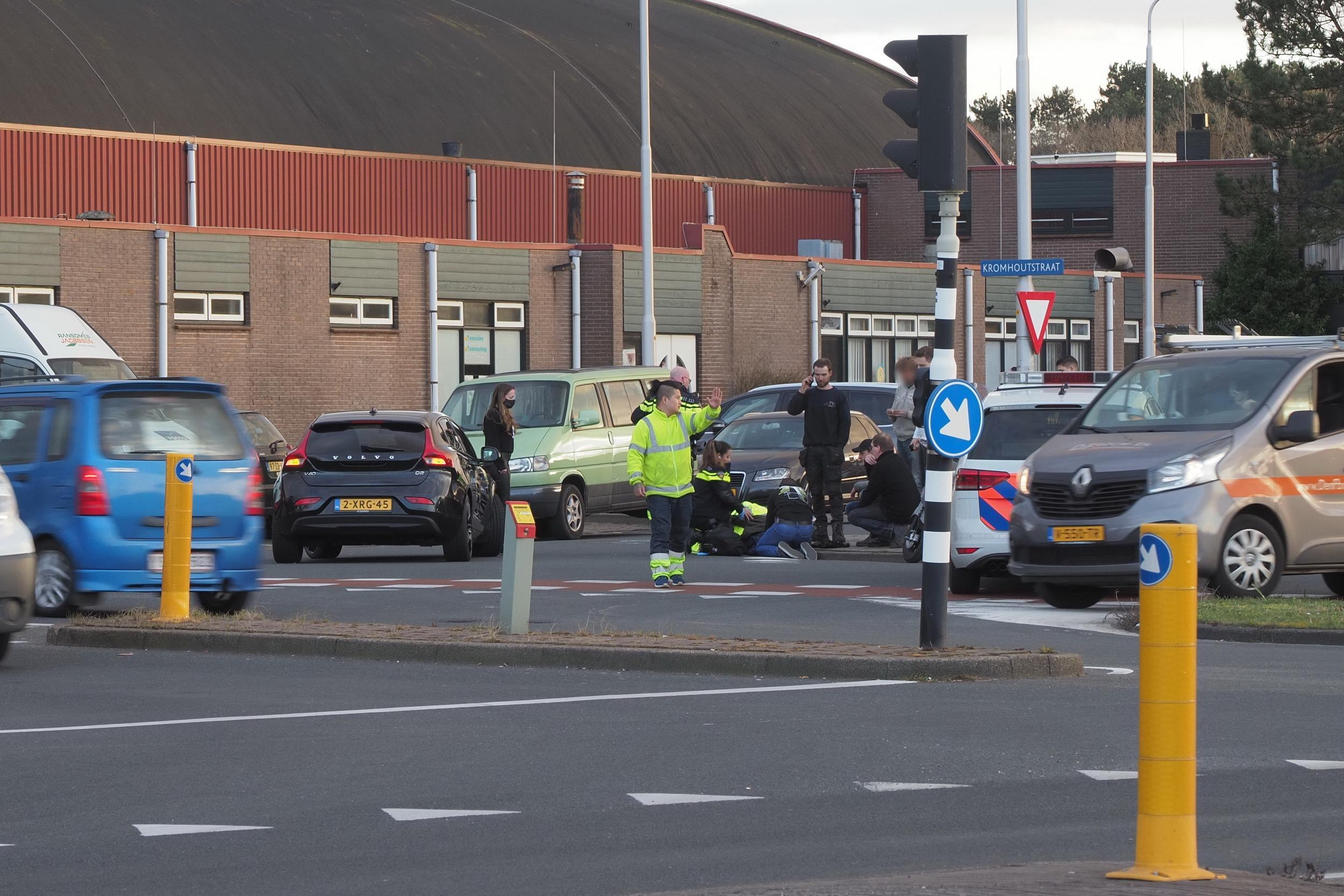 Fietser gewond bij ongeluk op kruispunt in IJmuiden
